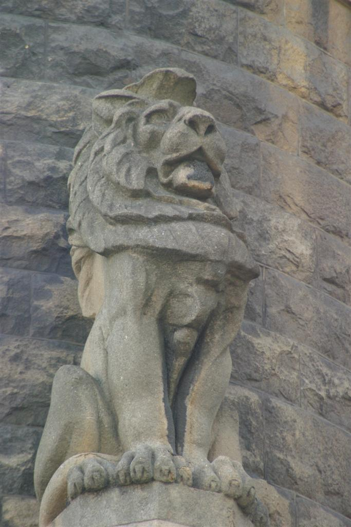 Lion Gargoyles File: gargoyle lion .jpg - wikimedia commons