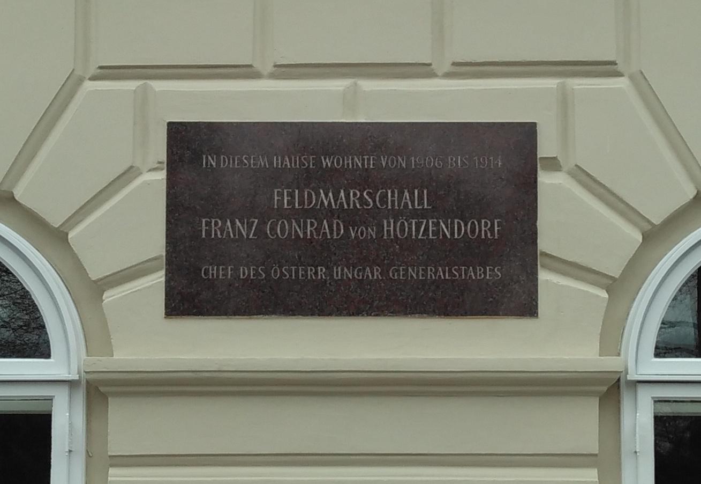 Gedenktafel Conrad von Hötzendorf Wien Am Heumarkt 7.jpg