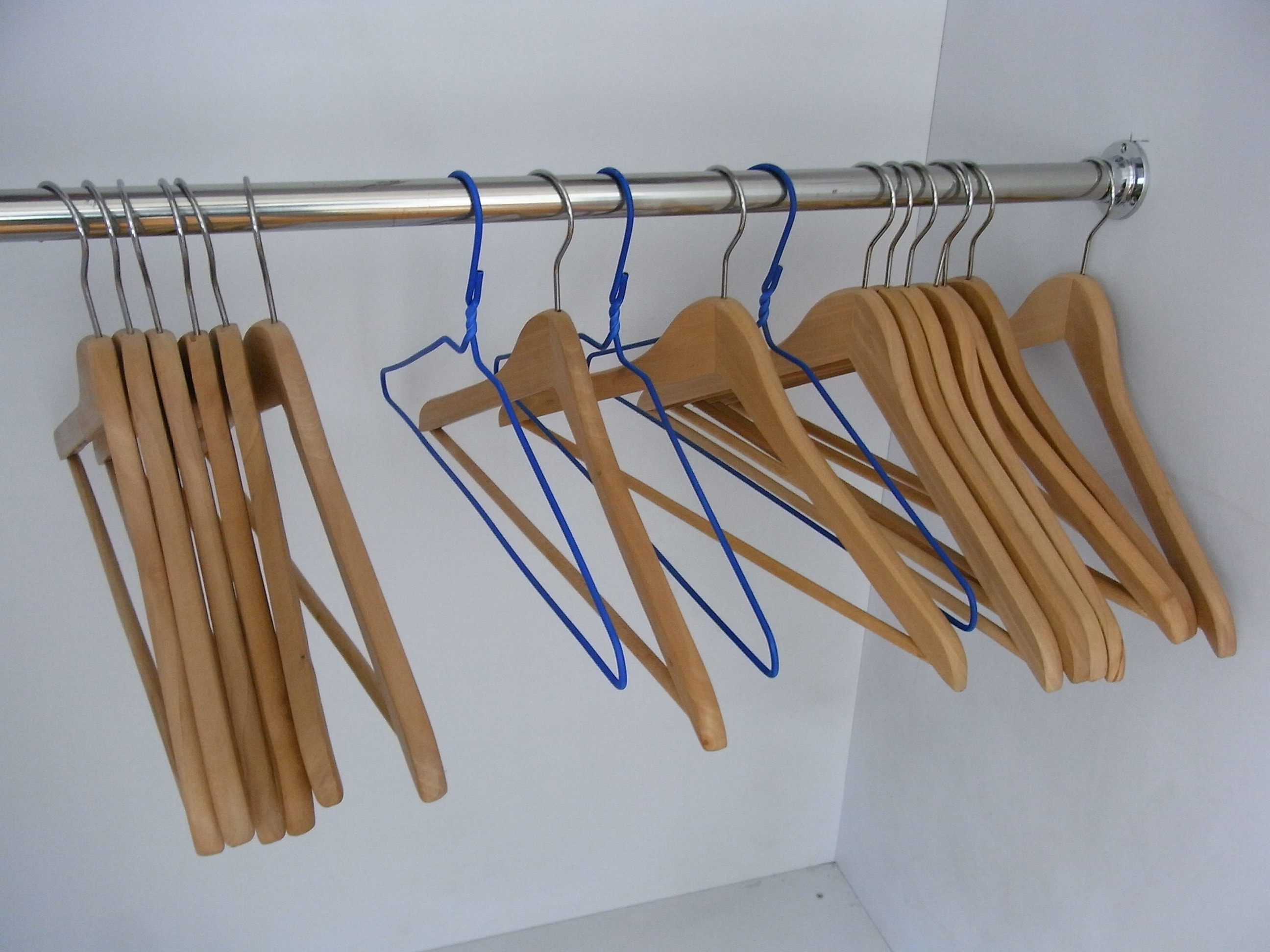File Hk Sheung Wan 衣架 Clothes Hangers By Wood June 2012 Jpg Wikimedia Commons