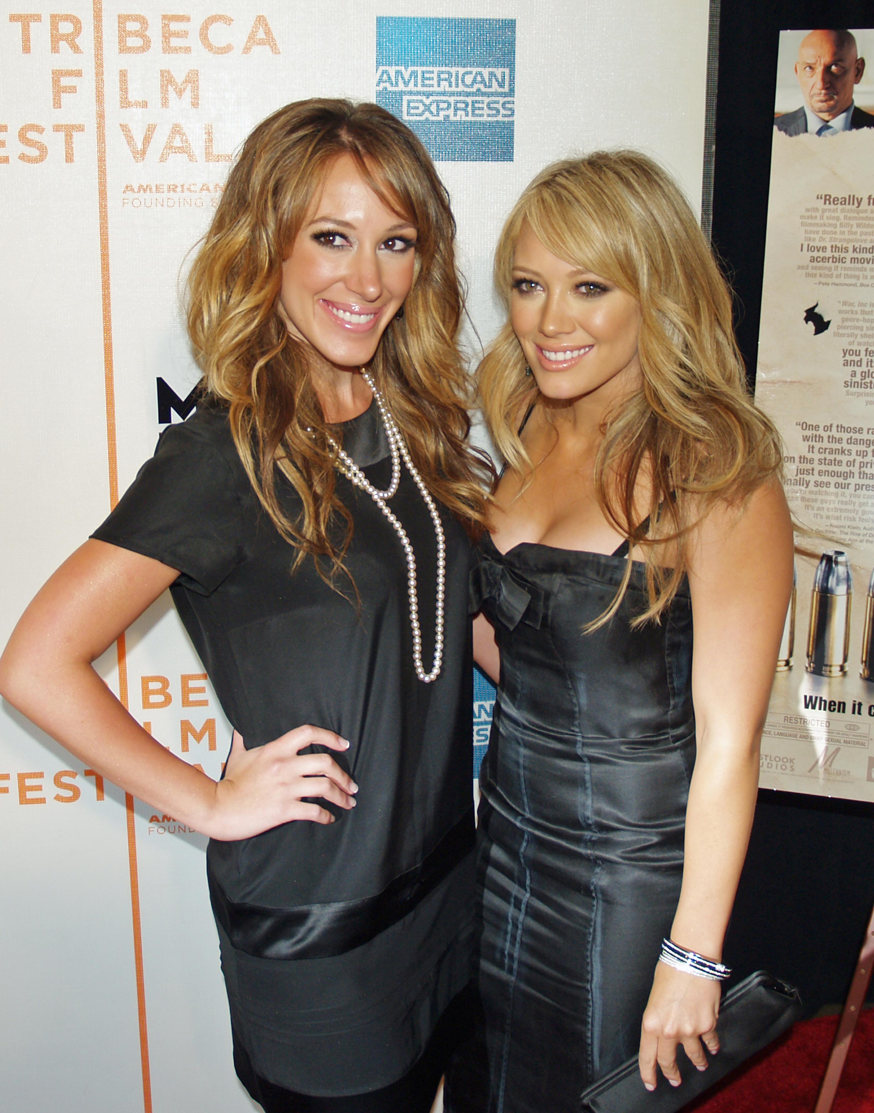 File:Haylie Duff and Hilary Duff.jpg