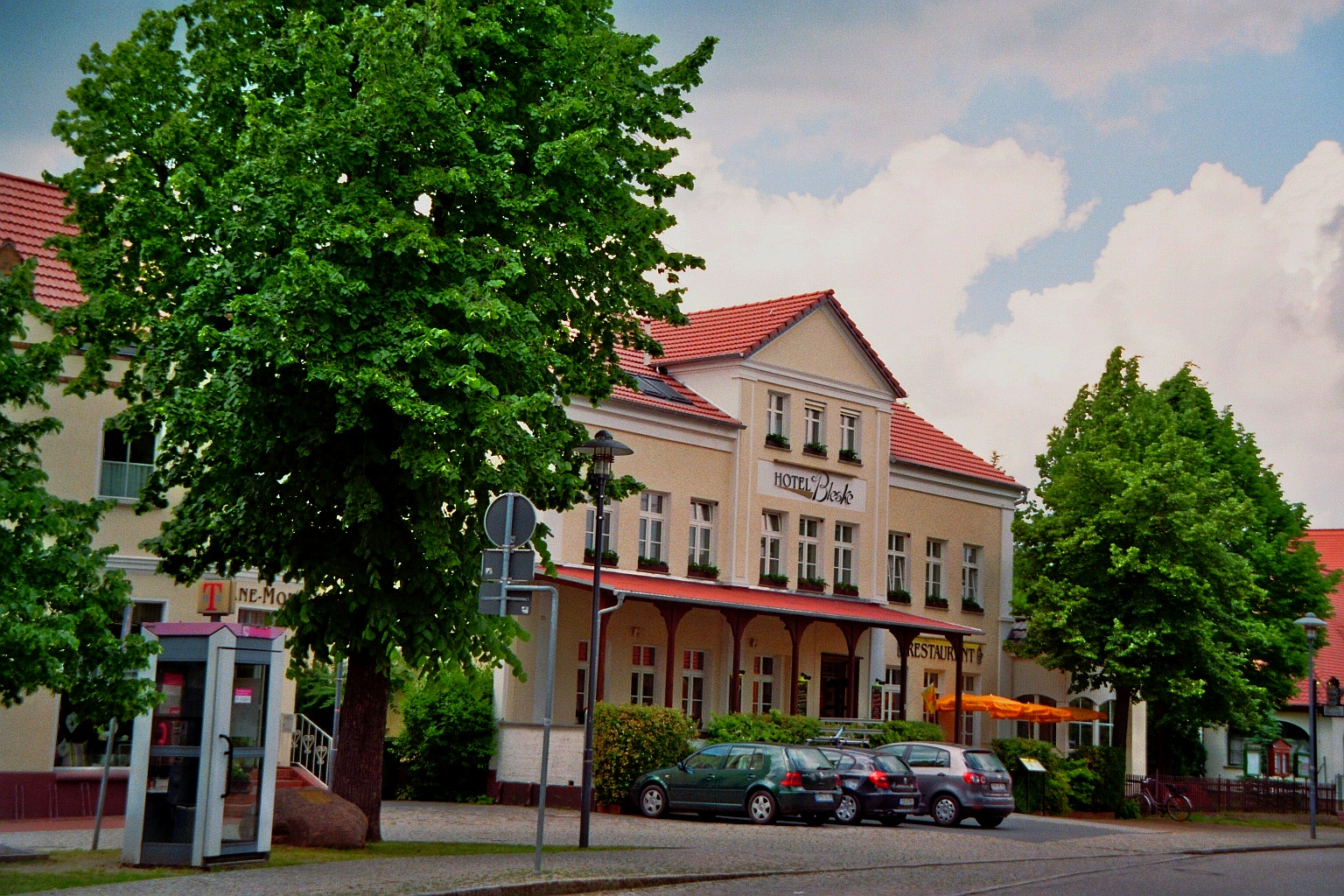 Hotel Und Restaurant Bergschlosschen Buckow Markische Schweiz