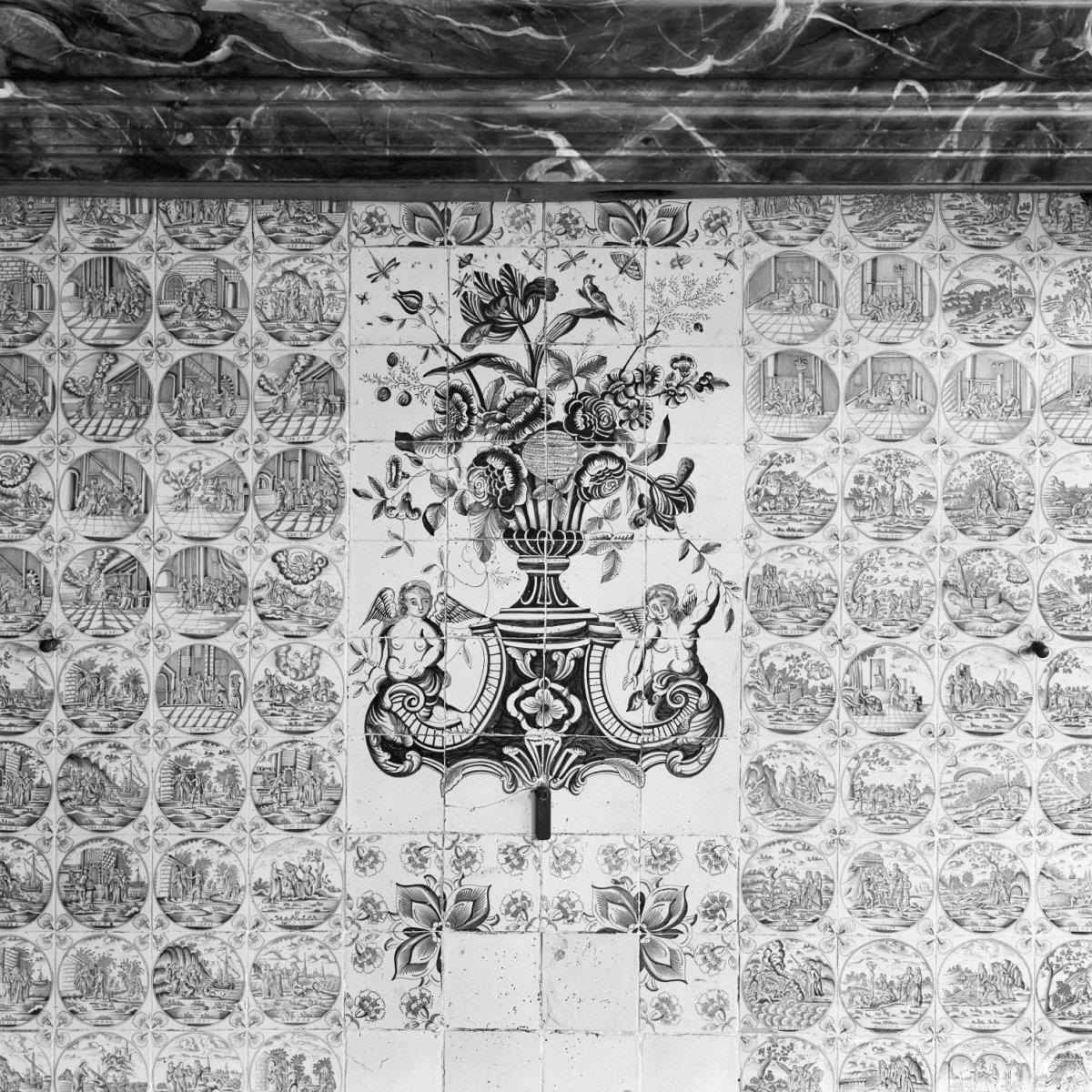 File interieur boerderij opkamer detail betegeling for Boerderij interieur