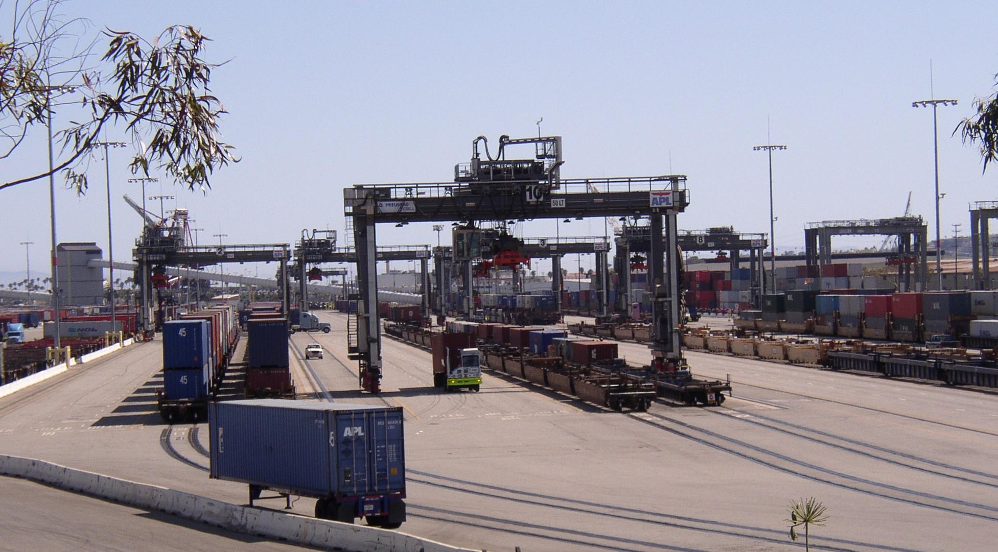 Rail Intermodal Freight 1953 x 1081