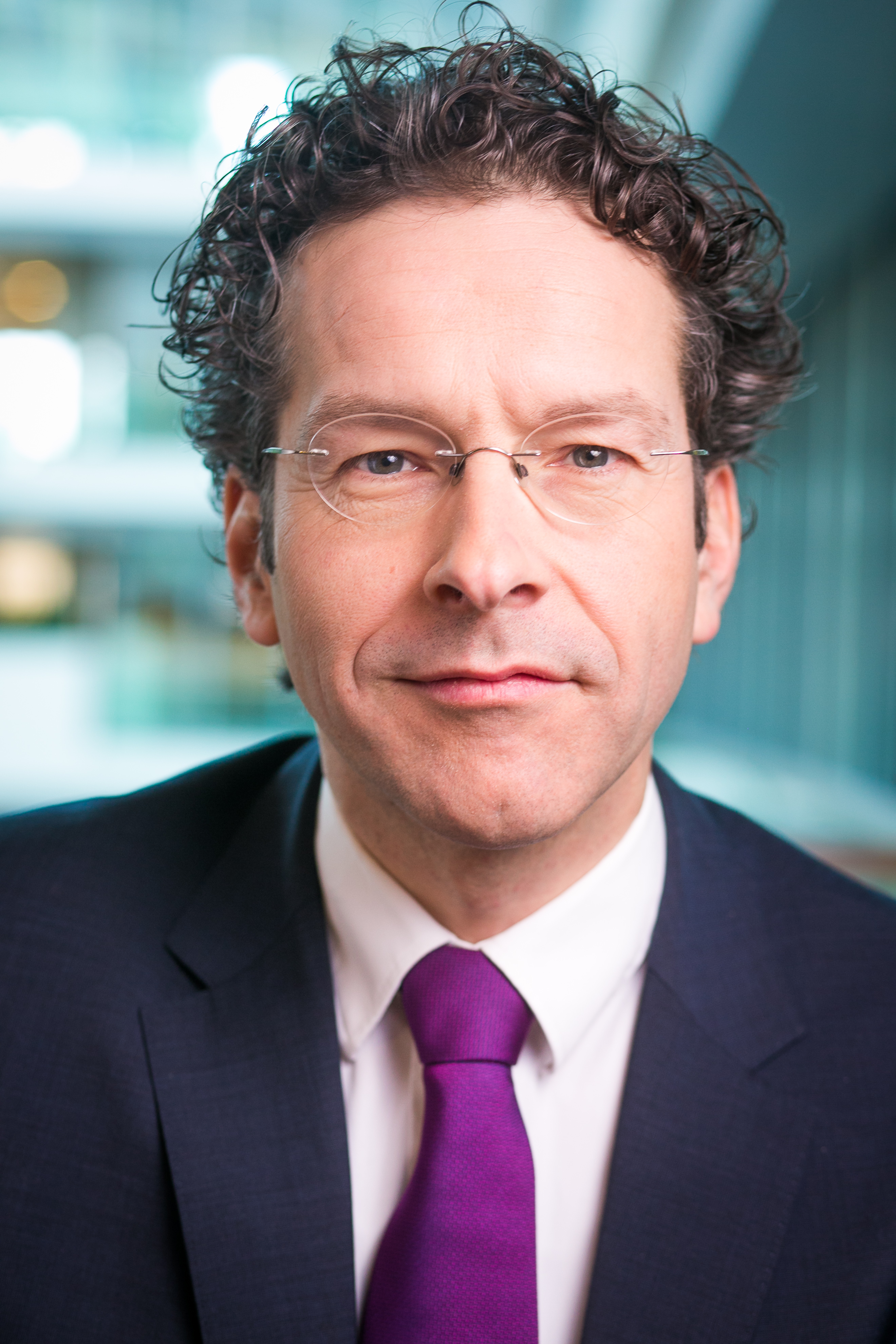 The 54-year old son of father (?) and mother(?) Jeroen Dijsselbloem in 2021 photo. Jeroen Dijsselbloem earned a  million dollar salary - leaving the net worth at 0.8 million in 2021