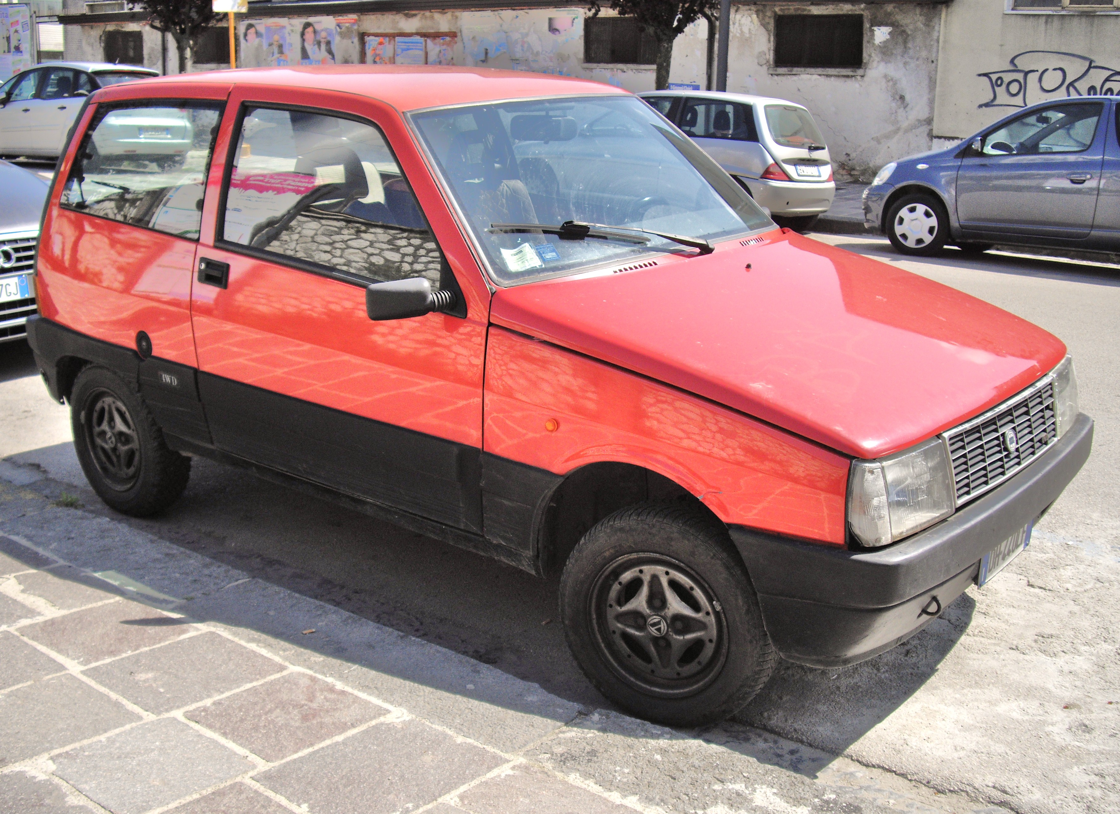 File:Lancia Y10 4WD red.JPG - Wikimedia Commons