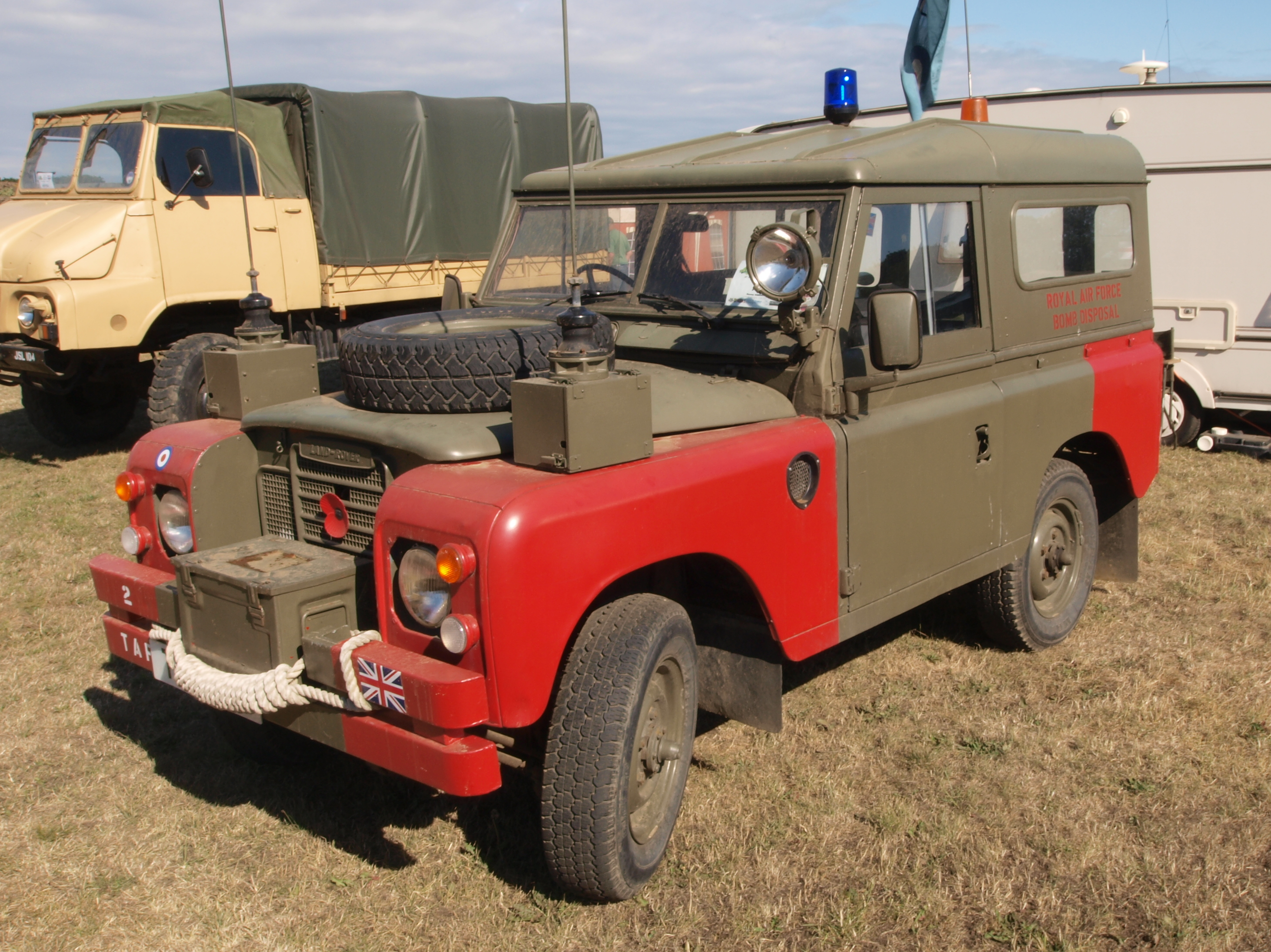 File Land Rover Of The Raf 2 Taf Bomb Disposal Unit Pic2