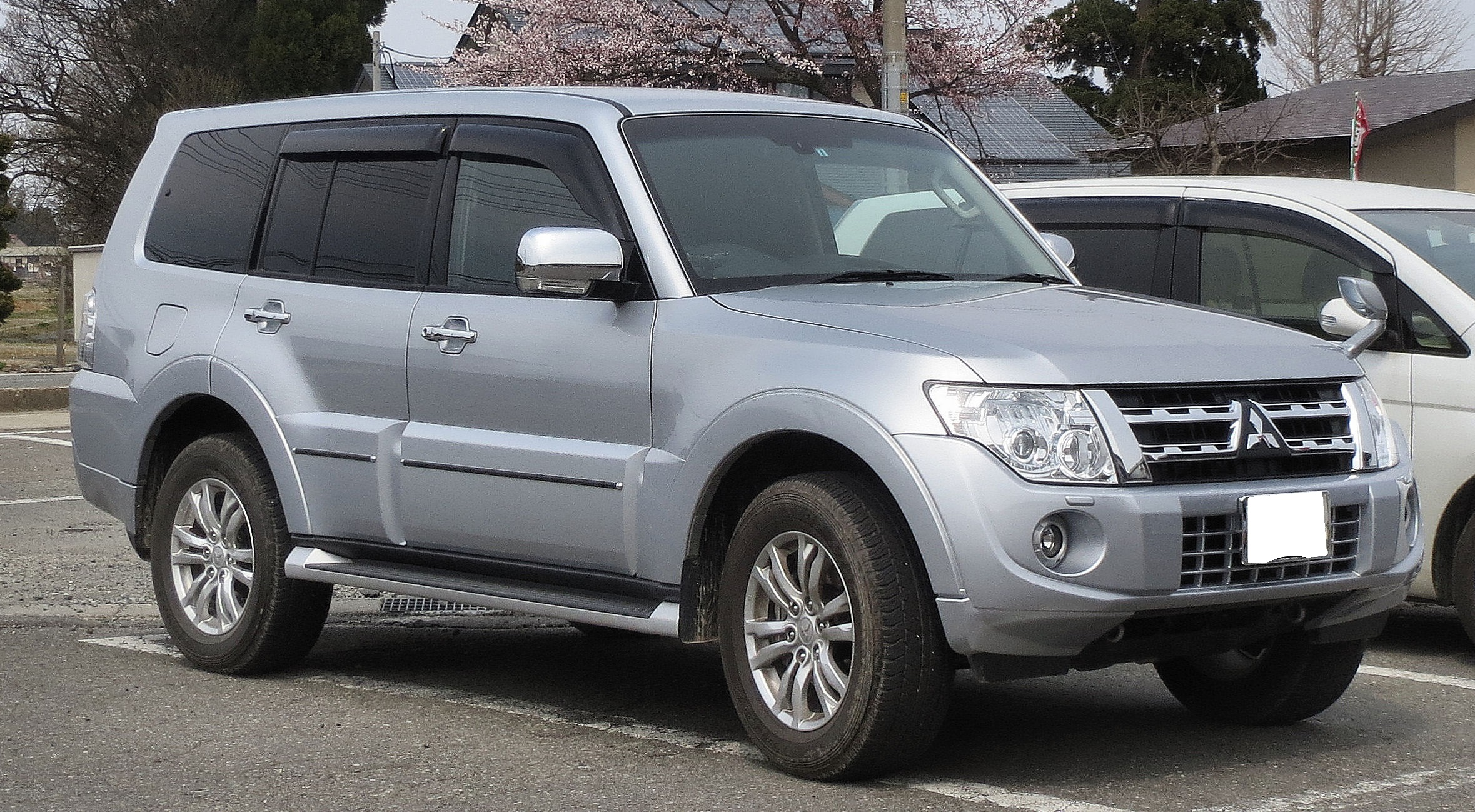 Wspaniały File:Mitsubishi V98 Pajero Long Body Super Exceed 3200 DI-D.JPG IE41
