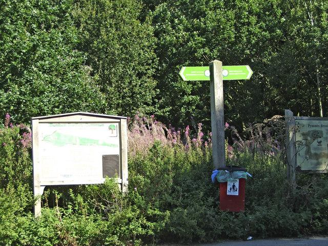 Monken Hadley Common, Hadley Wood, Hertfordshire - geograph.org.uk - 708632