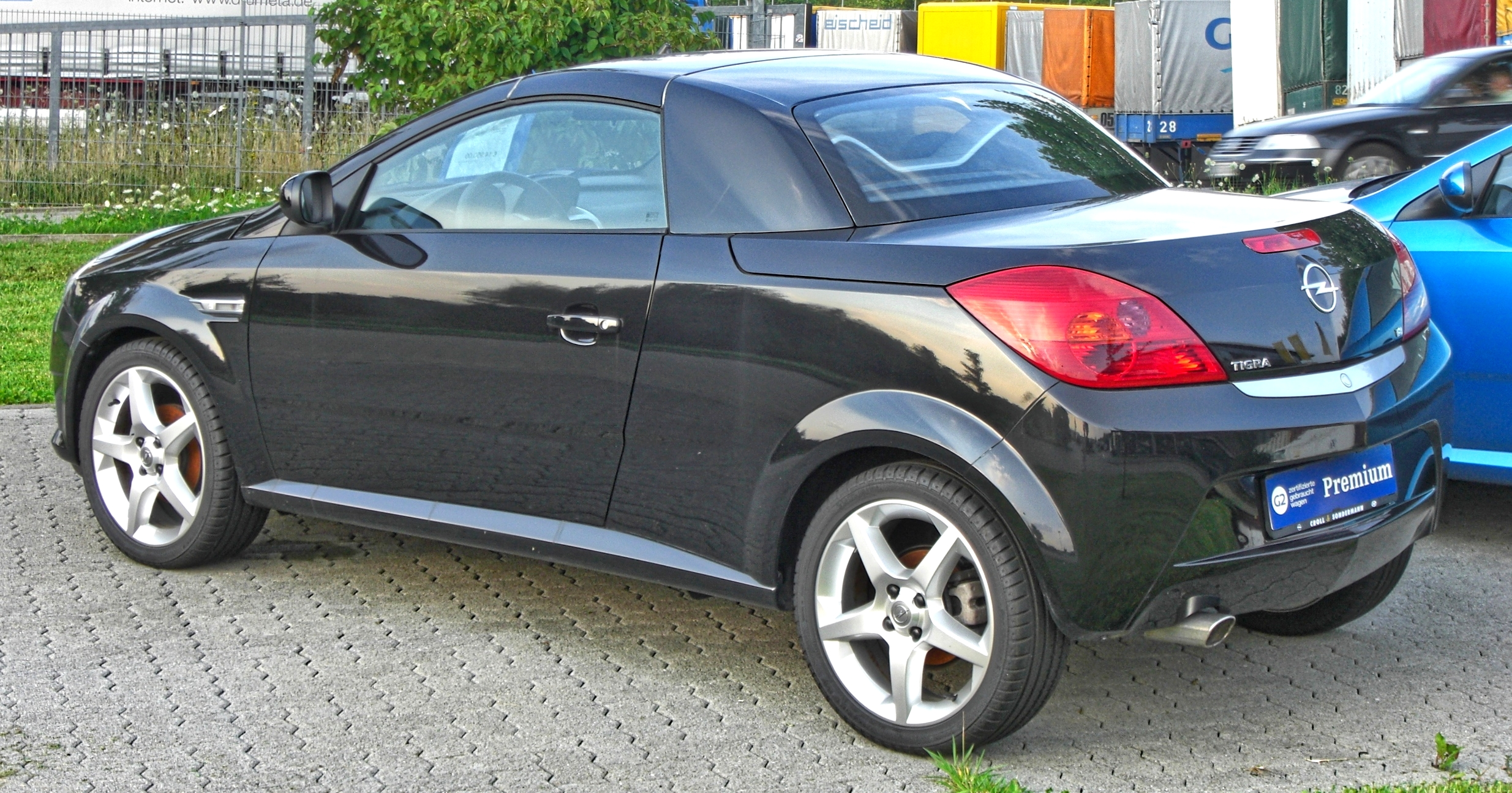 File Opel Tigra Twintop Rear 1 Jpg Wikimedia Commons