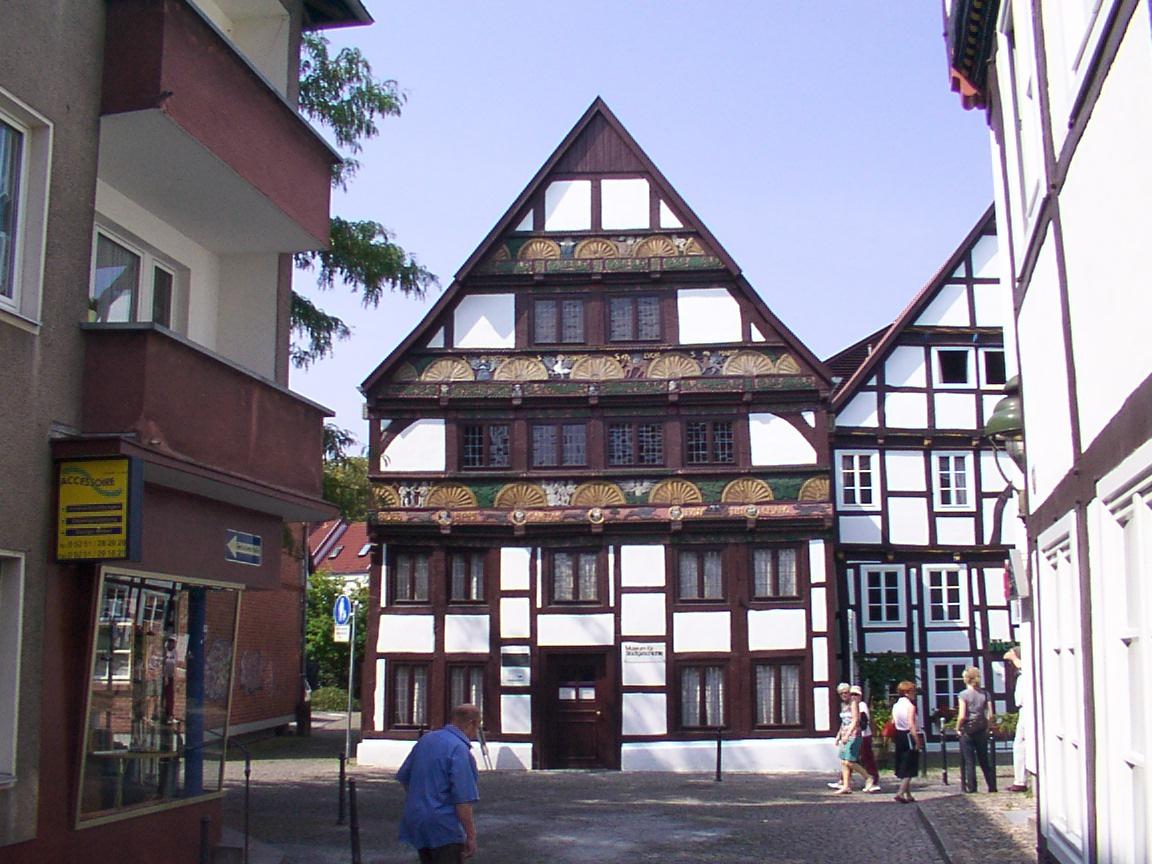 File Paderborn Adam und Eva Haus Wikimedia mons