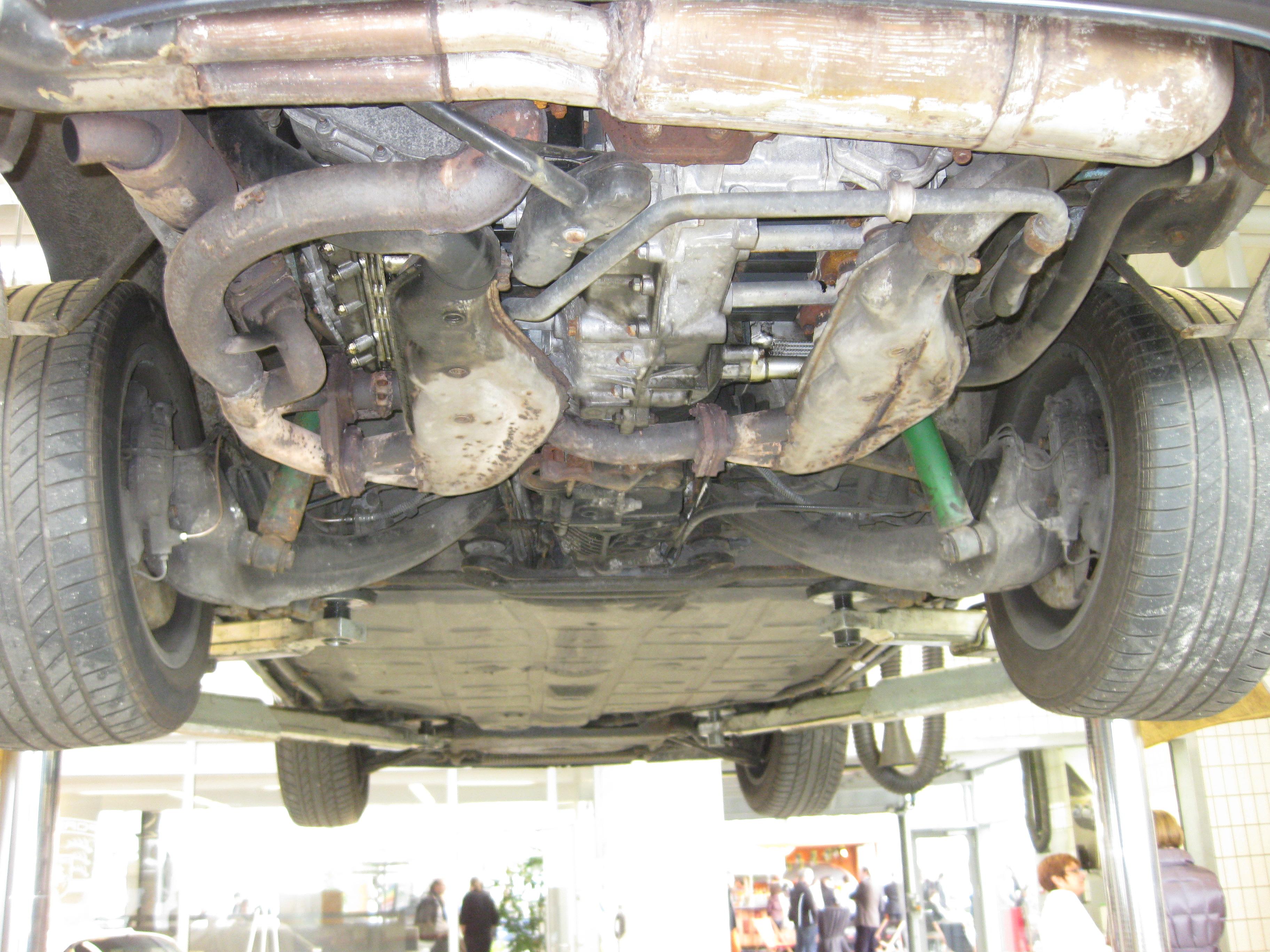 Datei:Porsche G Motor unten.JPG – Wikipedia