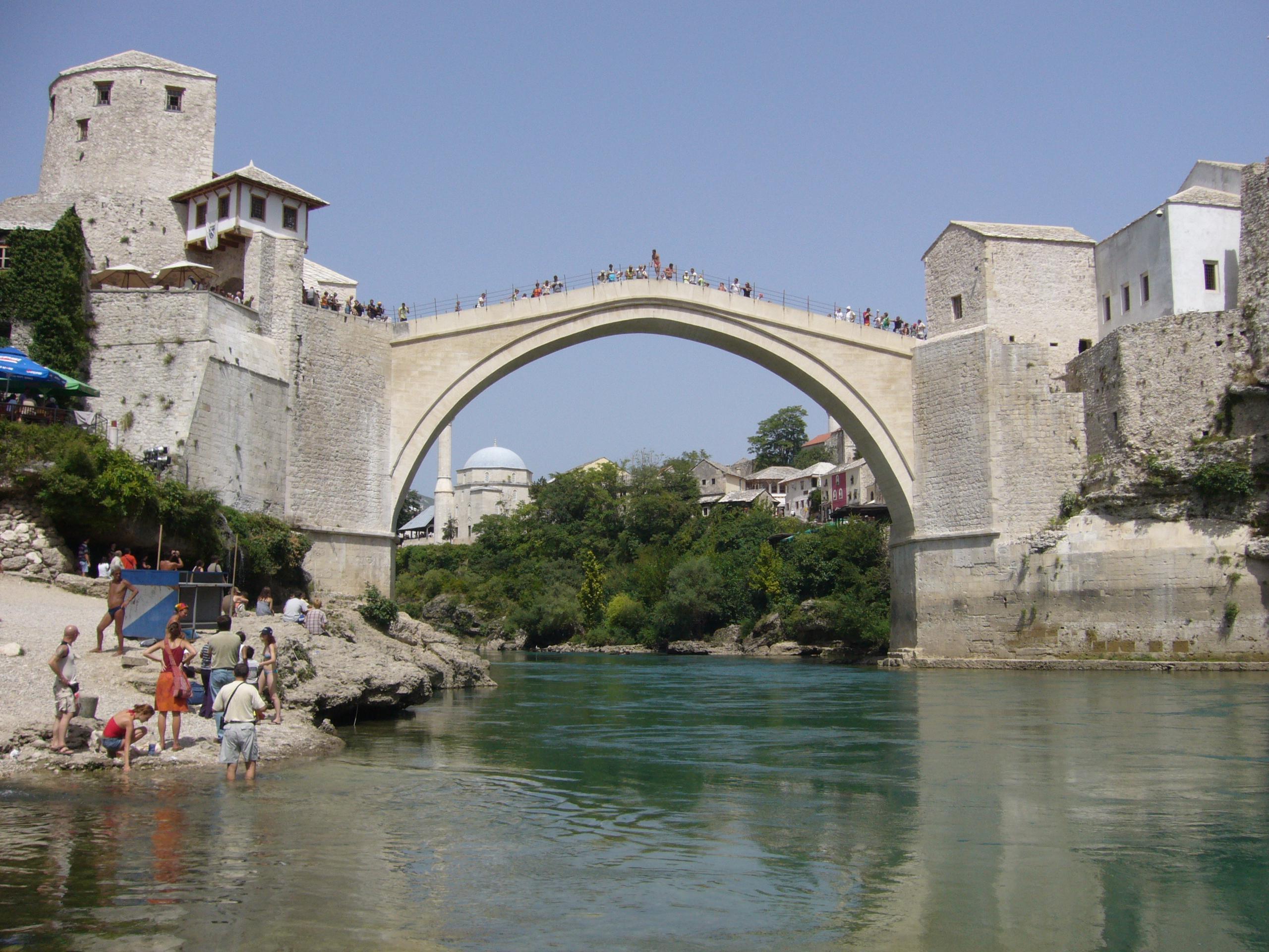 File Puente de Mostar JPG   Wikipedia