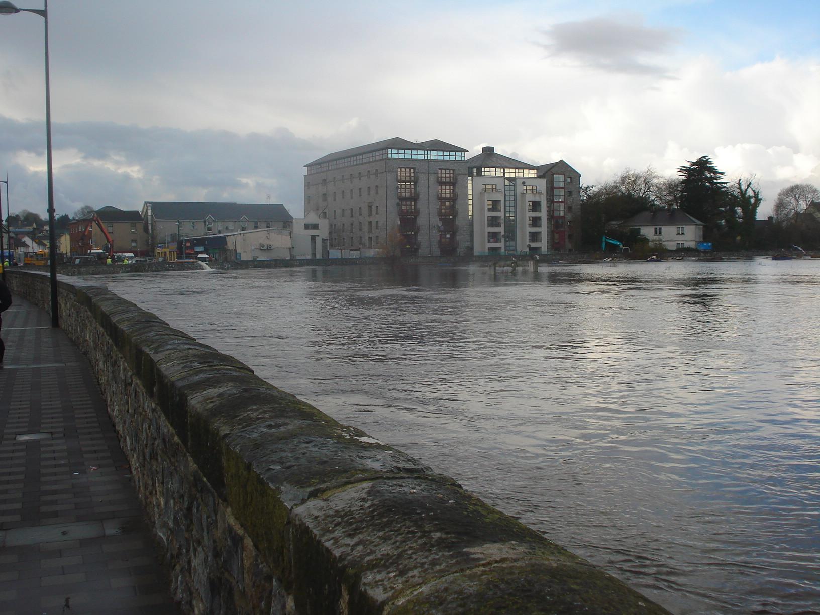 File River Fergus New Floodwalls Do Their Job Jpg