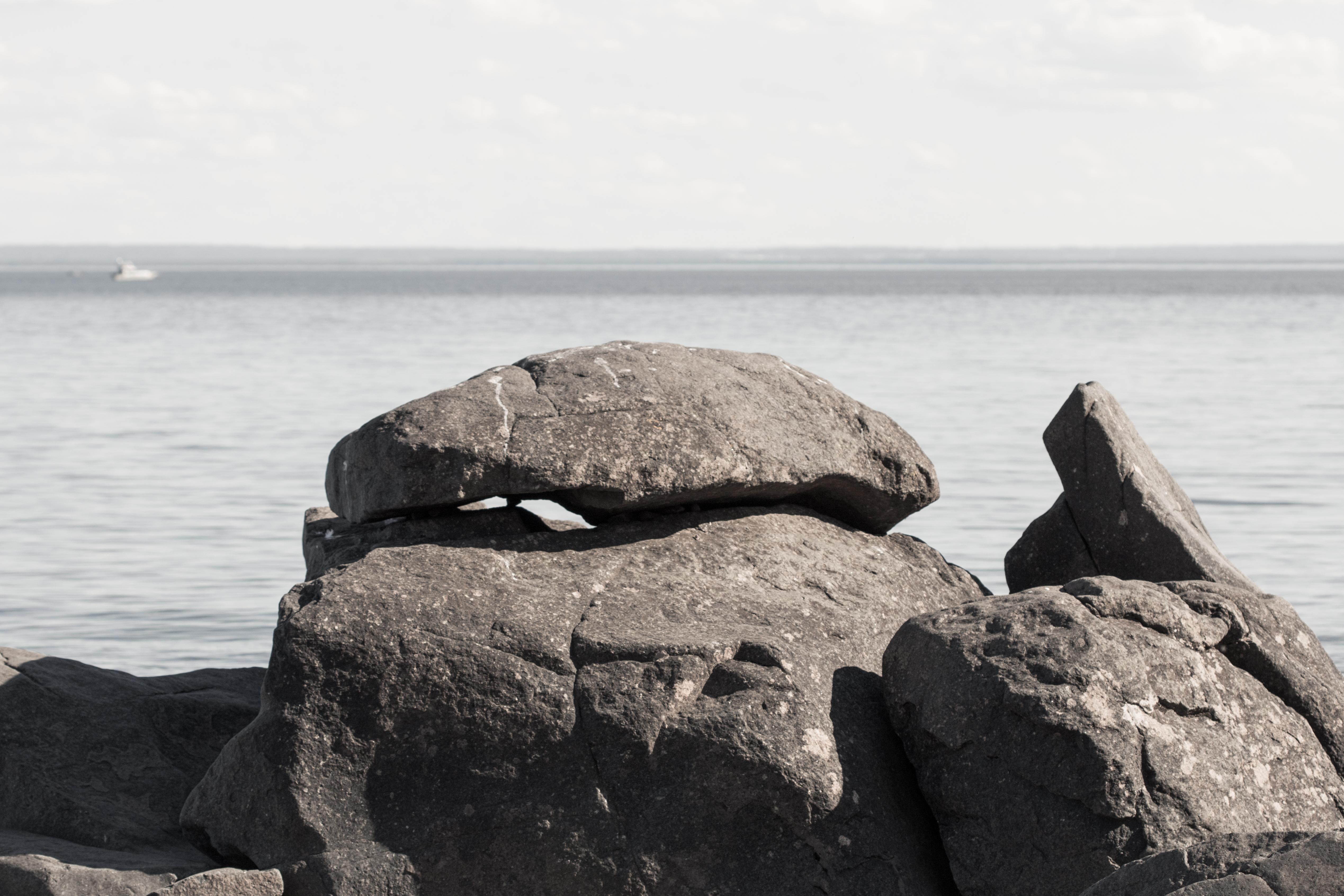 File Rock Formation Brighton Beach Duluth 28231408325 Jpg