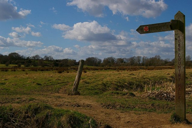 Signpost to Battle on the 1066 Country Walk