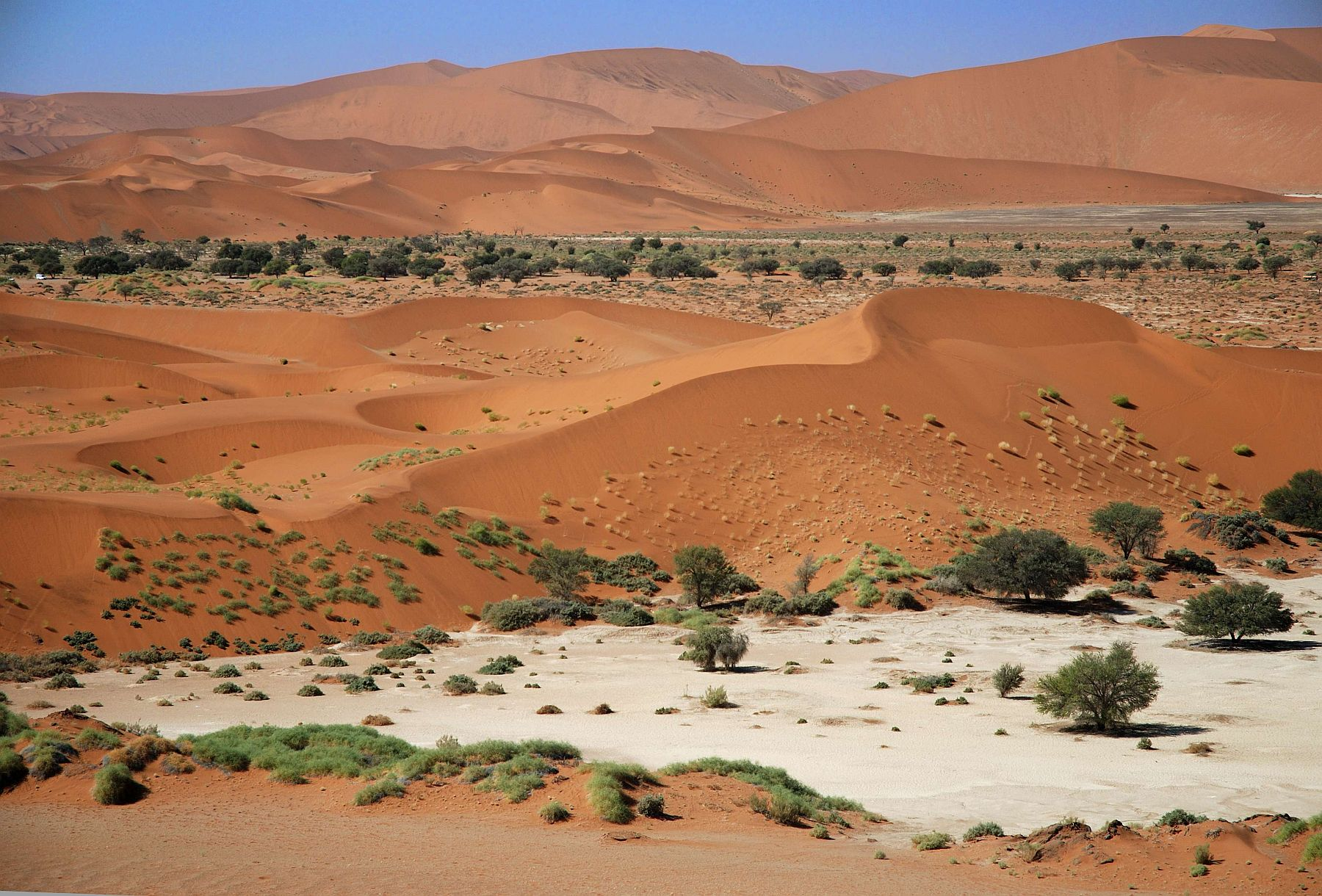 Sossusvlei-view-from-above.jpg