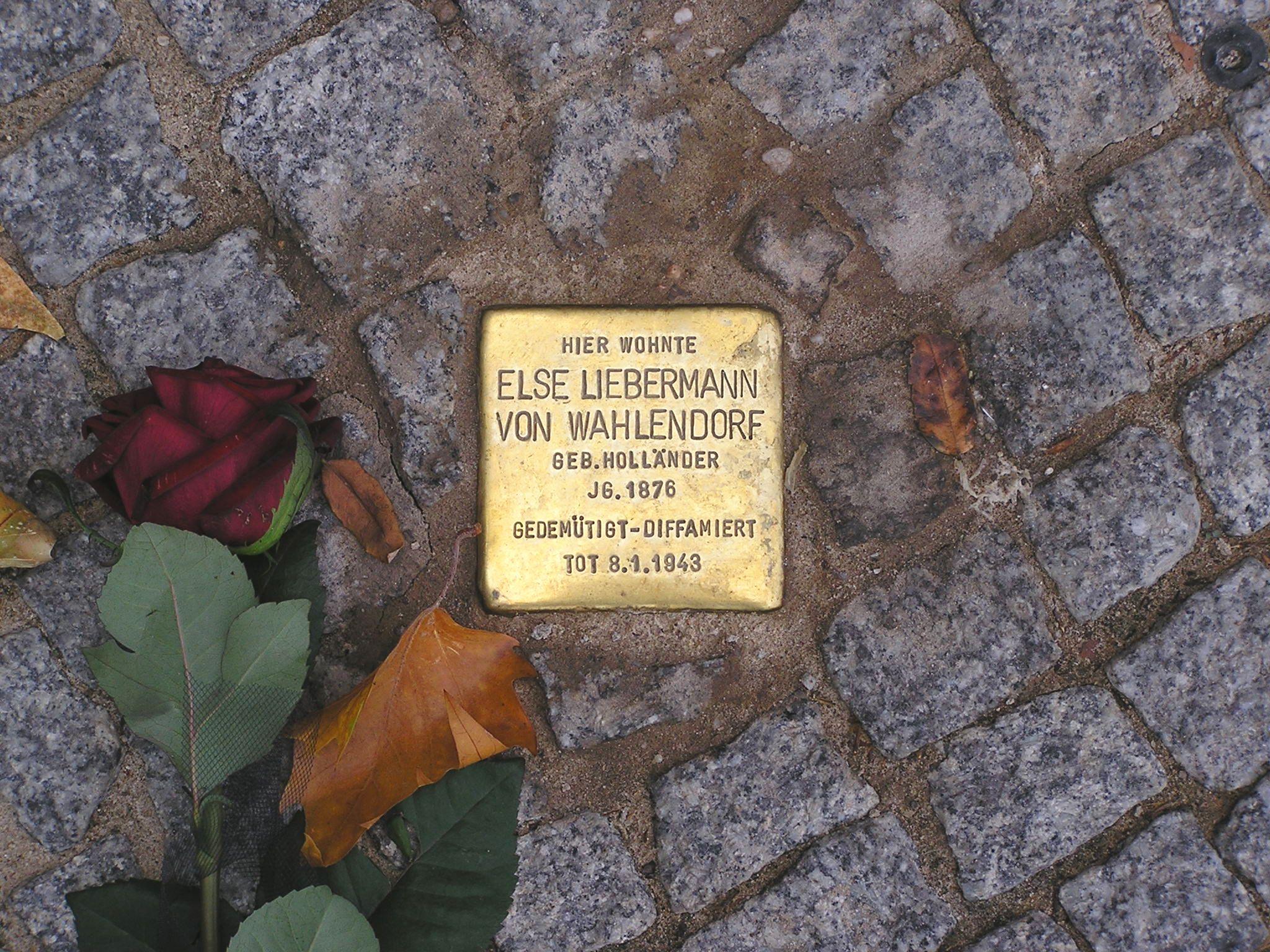 Stolperstein Else Liebermann von Wahlendorf Berlin Budapester Strasse.jpg