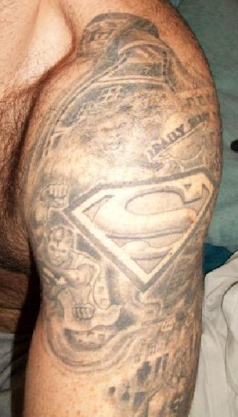File:Tattoo superman jonesy.