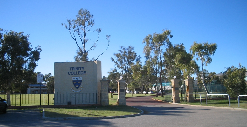 College and dating in Perth