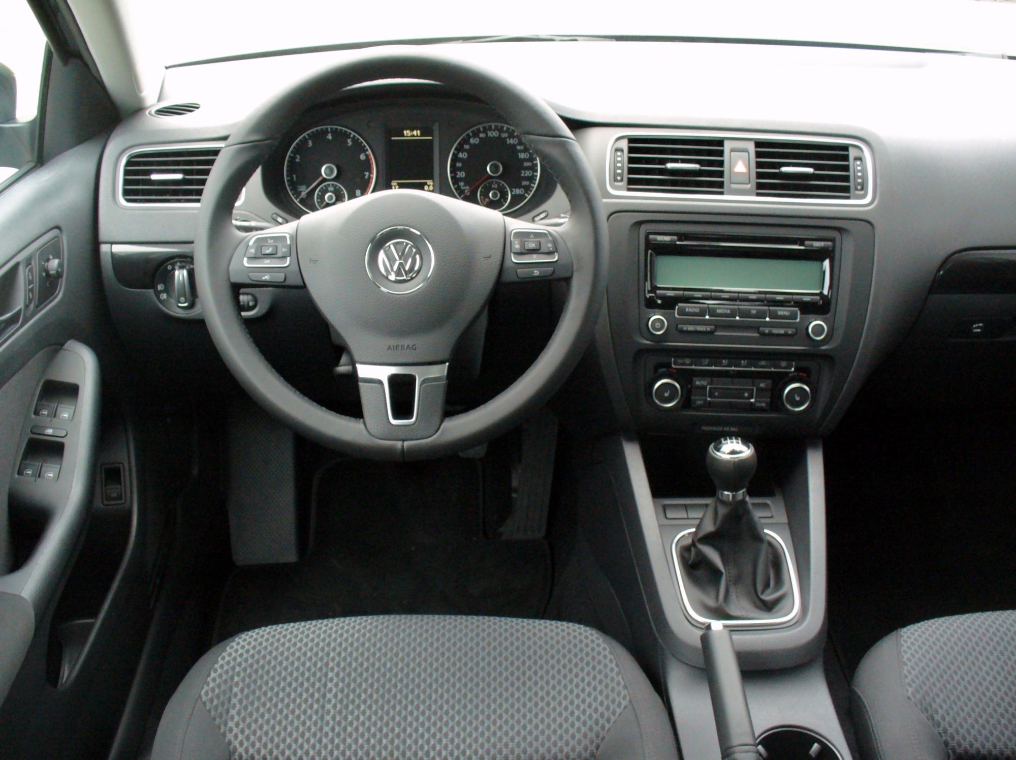 2000 VW Jetta Interior