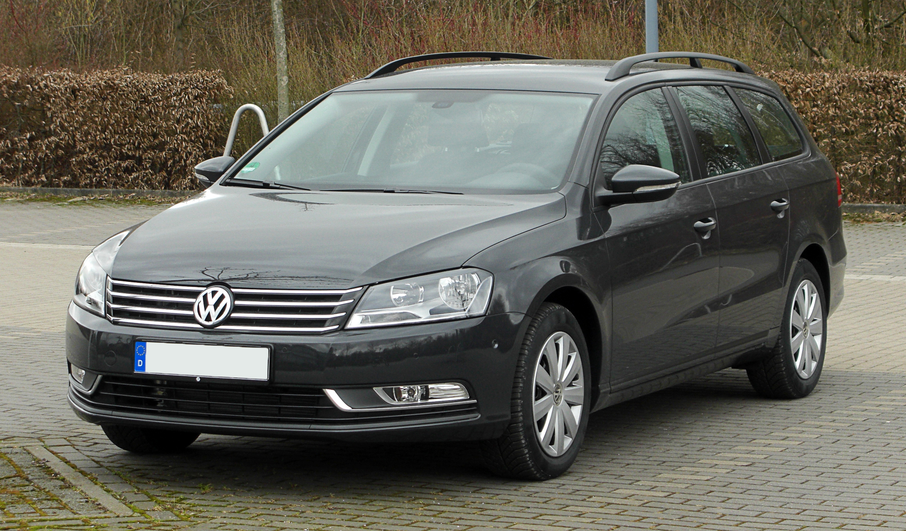 file vw passat variant 2 0 tdi bluemotion technology trendline b7 frontansicht 1 13 m rz. Black Bedroom Furniture Sets. Home Design Ideas
