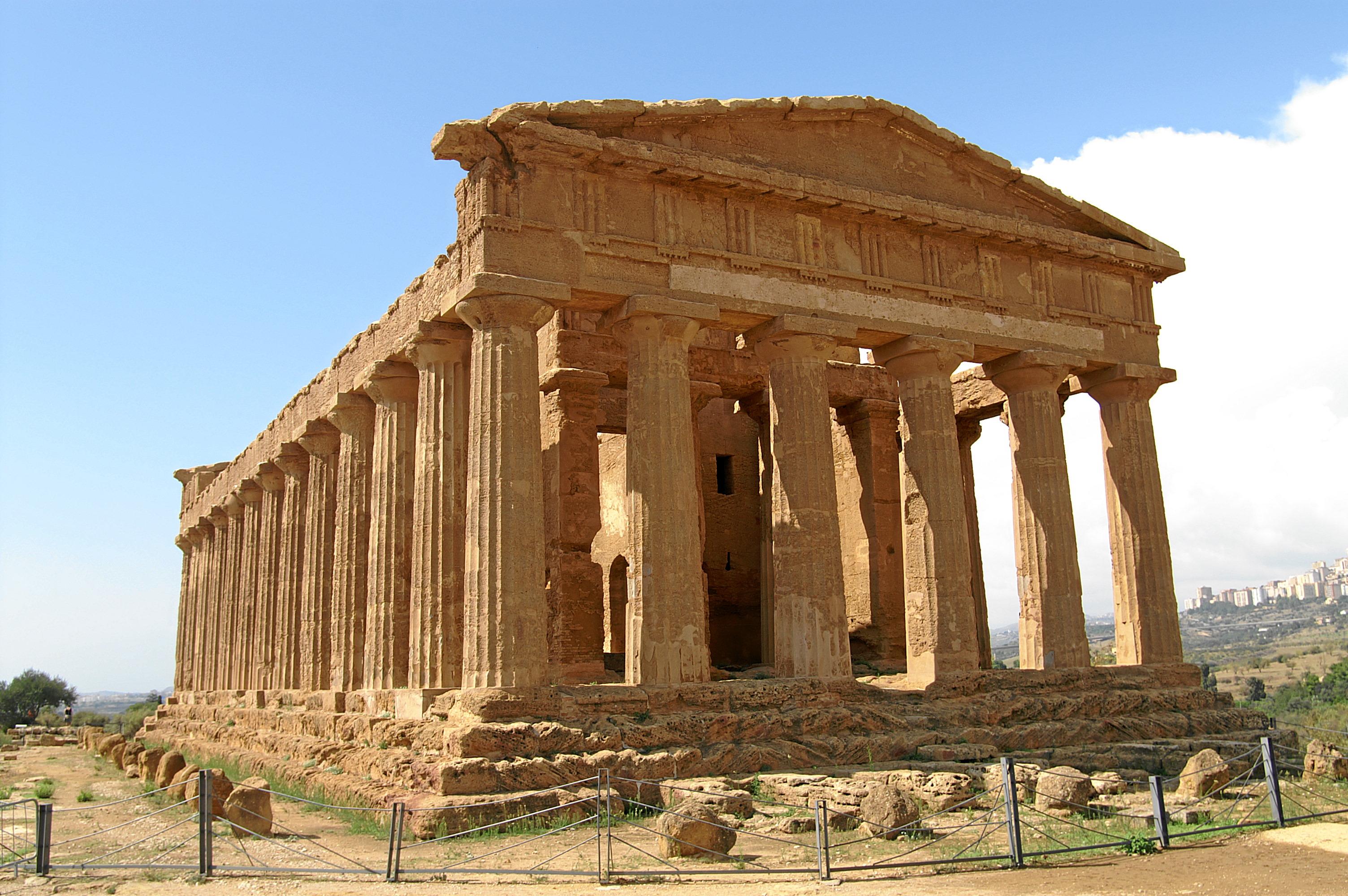 File:Valle-dei-templi-tempio-della-concordia-c.JPG - Wikimedia Commons