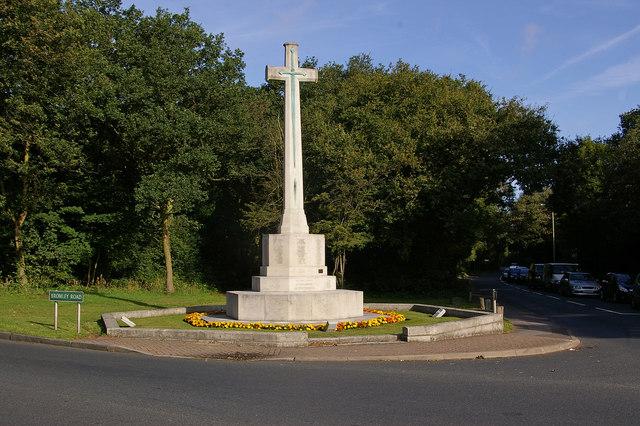 War Memorial - geograph.org.uk - 1530880