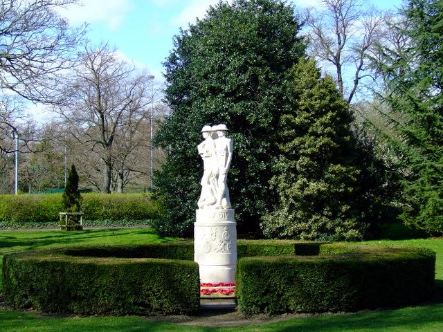 War memorial in Battersea Park, London-geograph-2322619