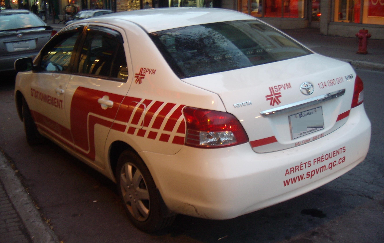 File:u002709 U002711 Toyota Yaris Sedan Montreal Police ...