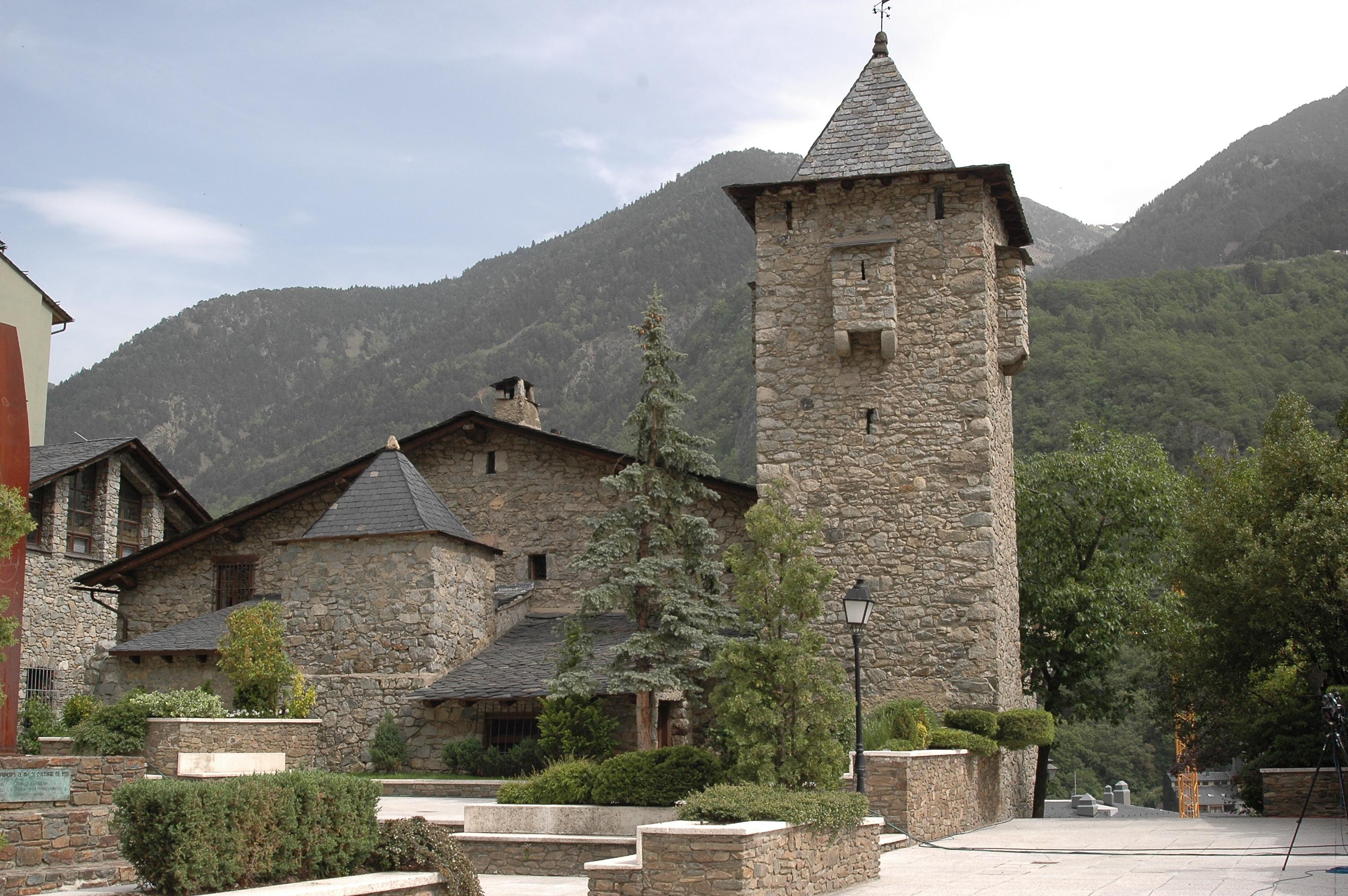 File 09 casa de la vall andorra la vella jpg wikimedia commons - Andorra la vella apartamentos ...