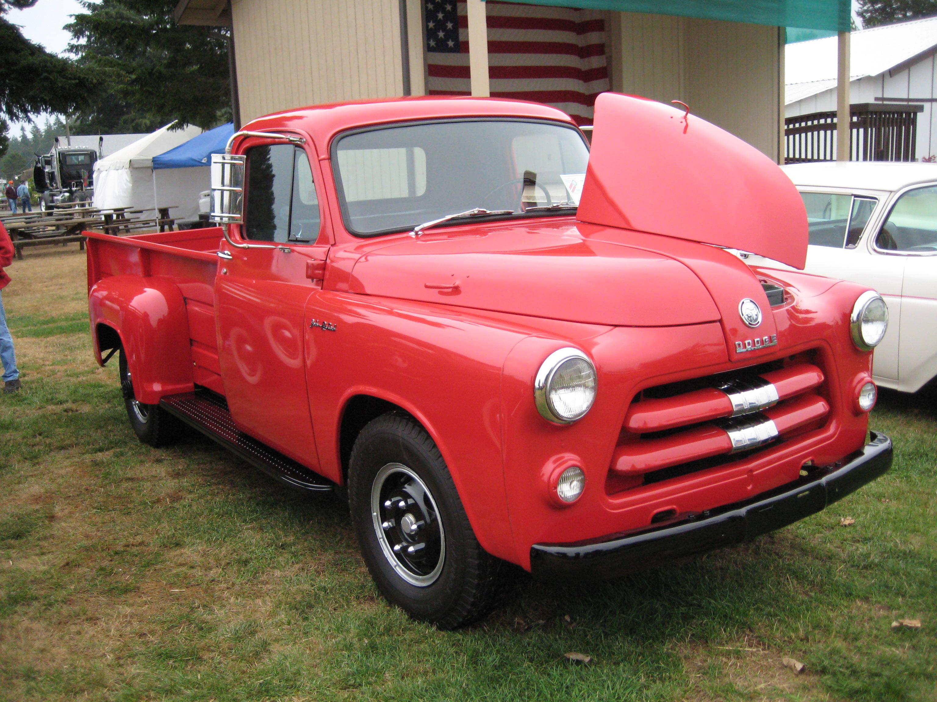File:1954 Dodge C-Series Pickup 01.jpg - Wikimedia Commons