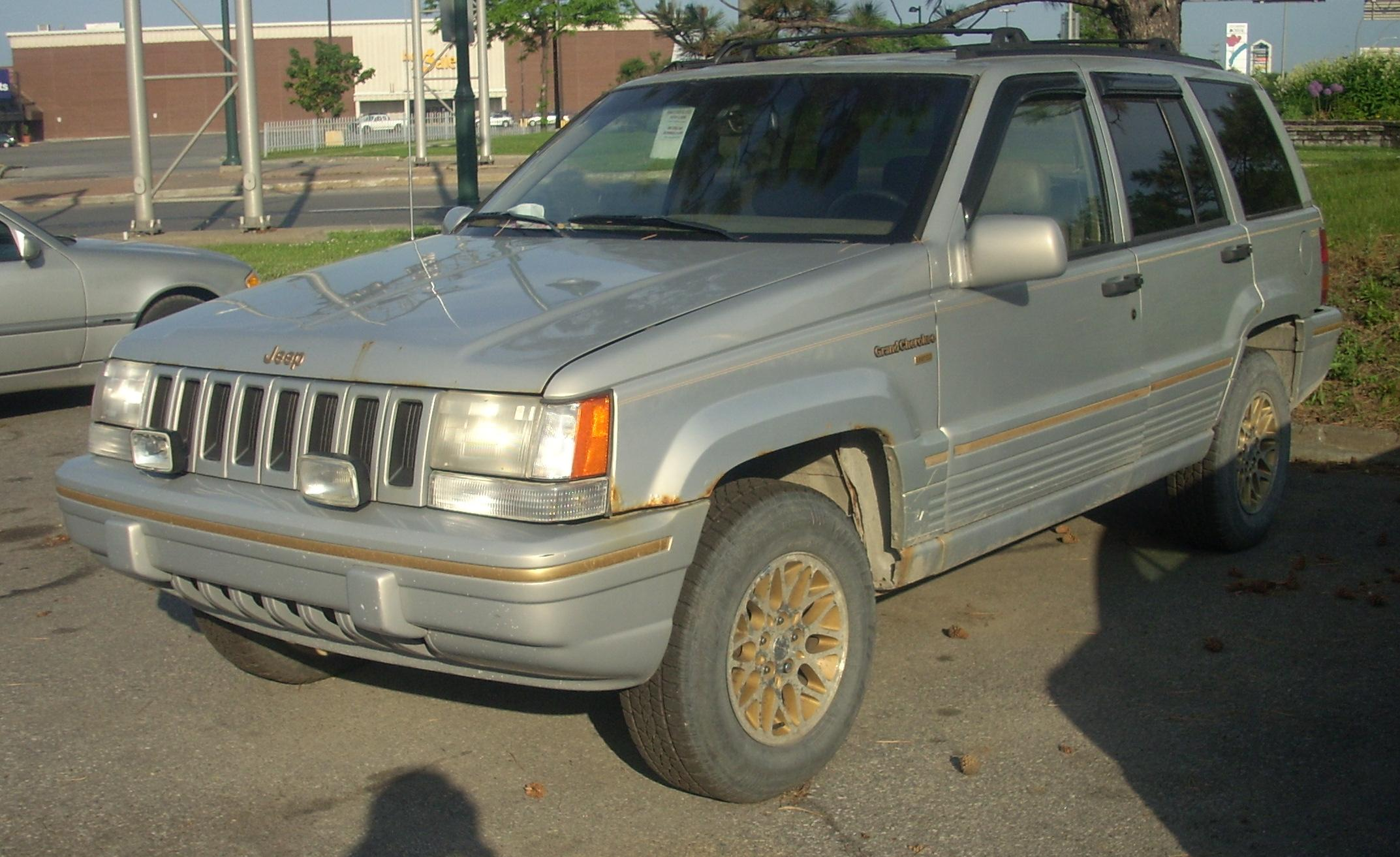 Superb File:1993 1995 Jeep Grand Cherokee Limited.JPG