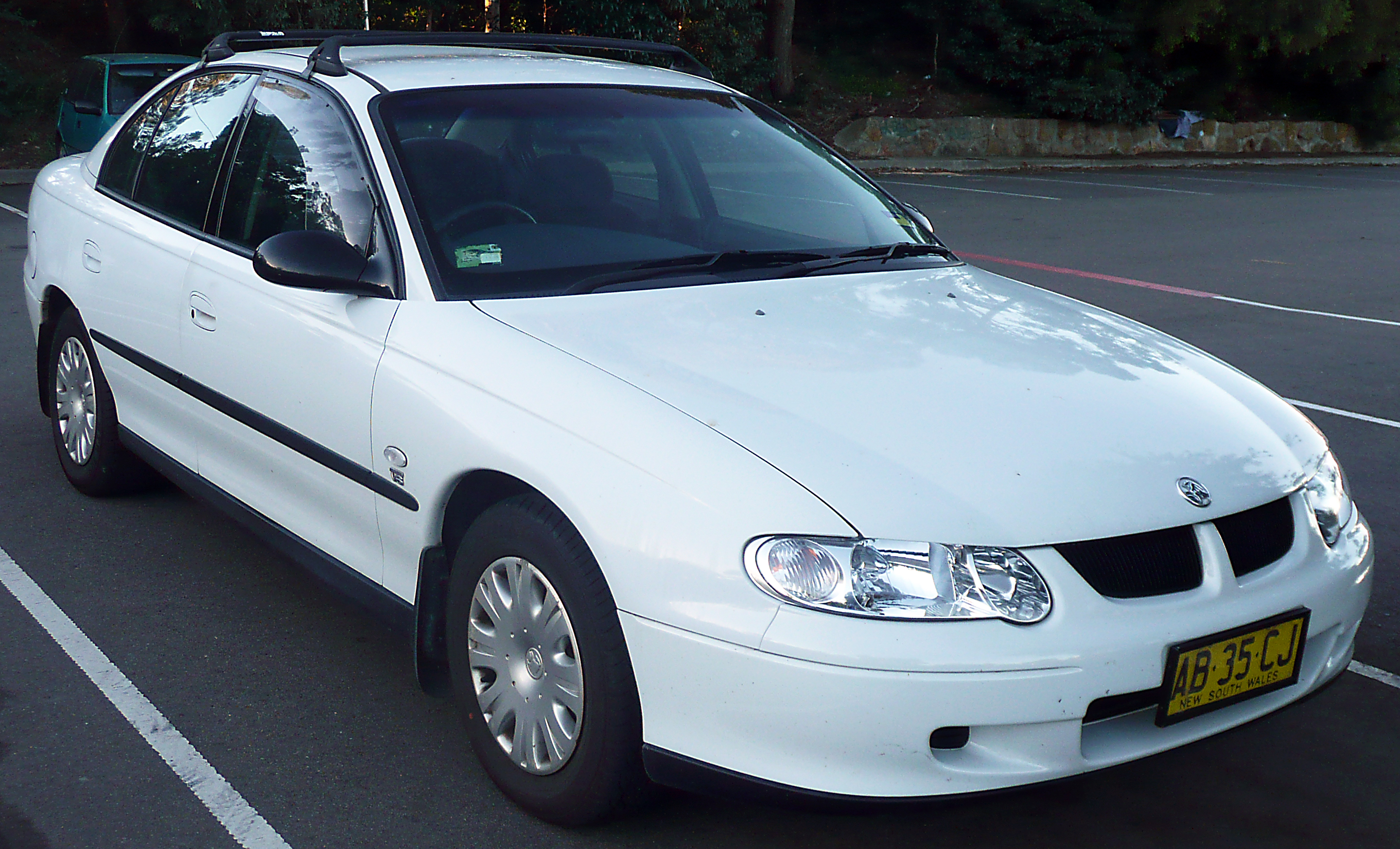 2001 Holden Commodore Supercharged V6 related infomation ...