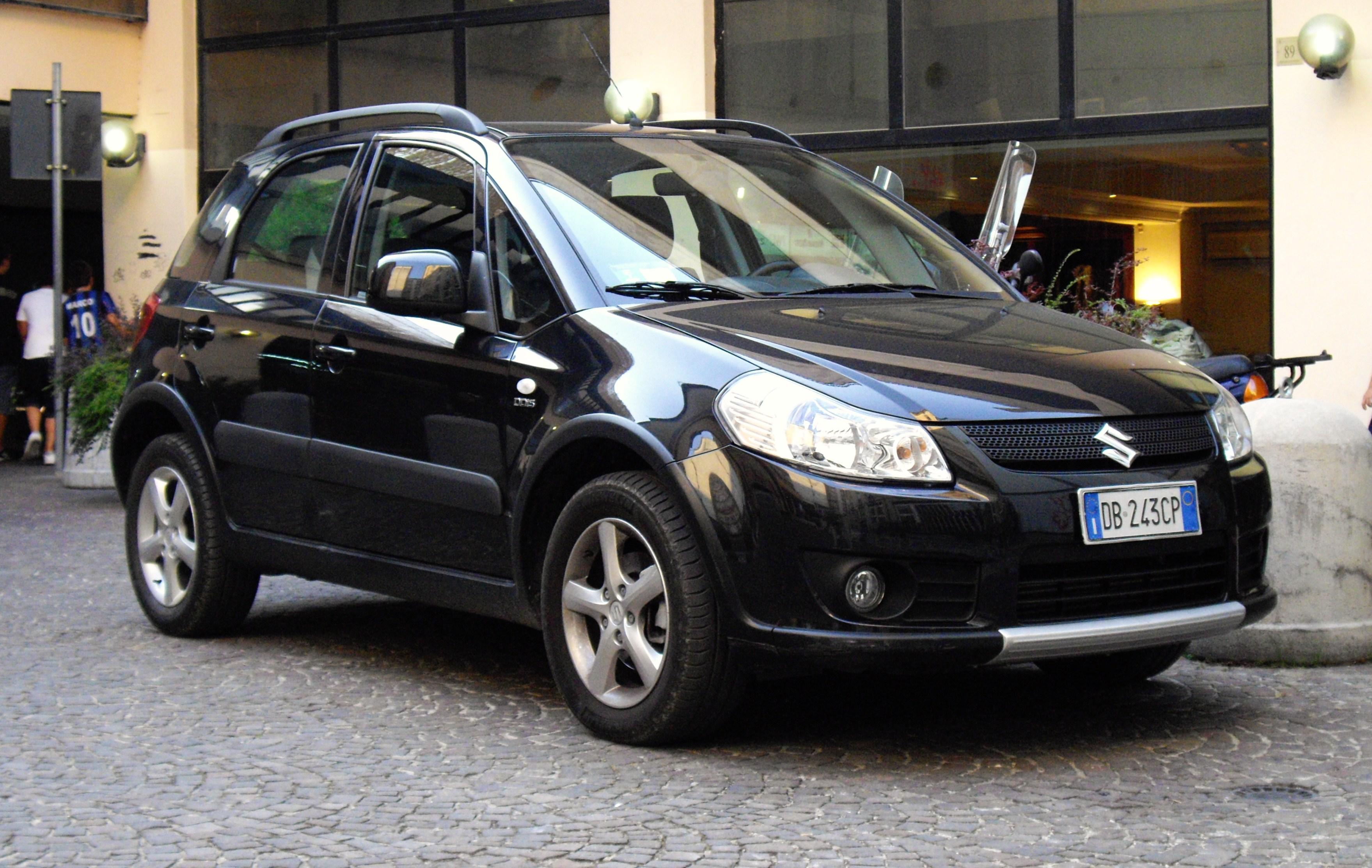 Suzuki Slx