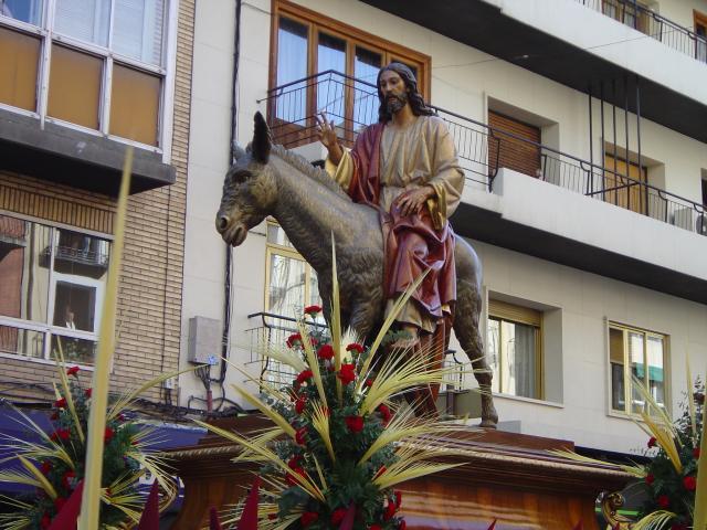 Resultado de imagen de PASOS DE JESUS ENTRANDO EN JERUSALEN