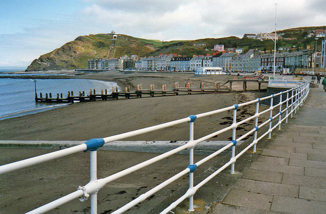 Aberystwyth sea front - geograph.org.uk - 1367683
