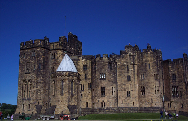 Alnwick Castle - geograph.org.uk - 310995