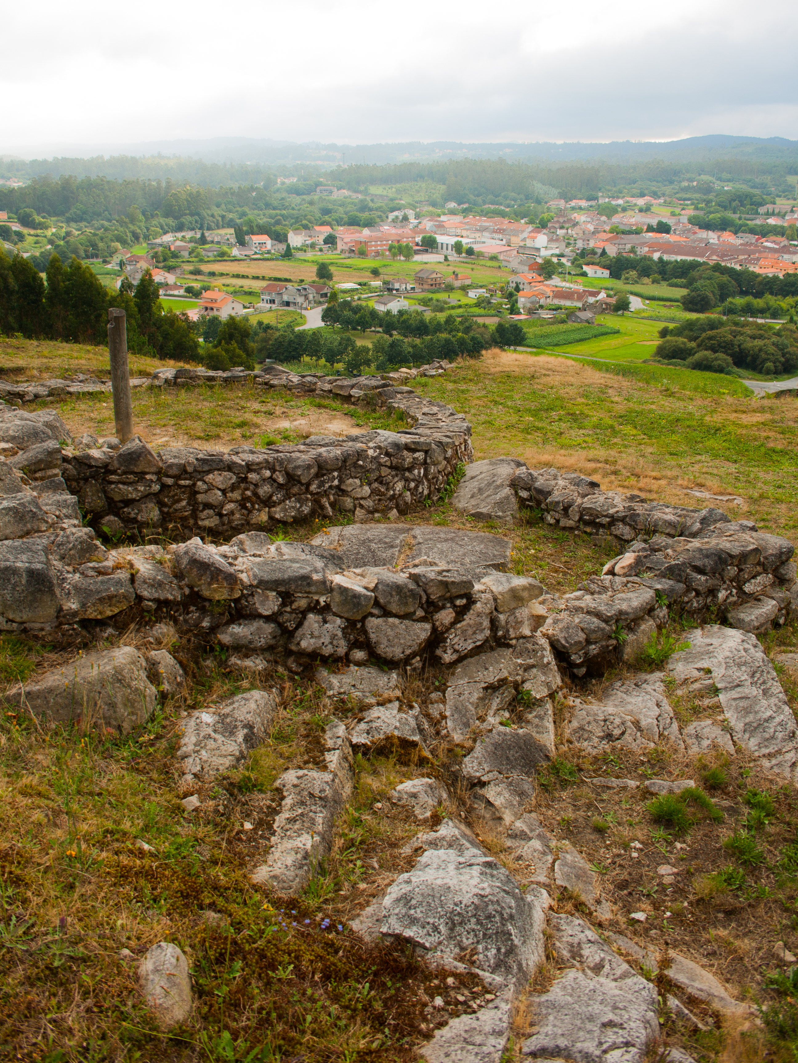 Cuntis Spain  city photos : :Archaeological excavations in Castrolandin, Cuntis, Galicia, Spain ...