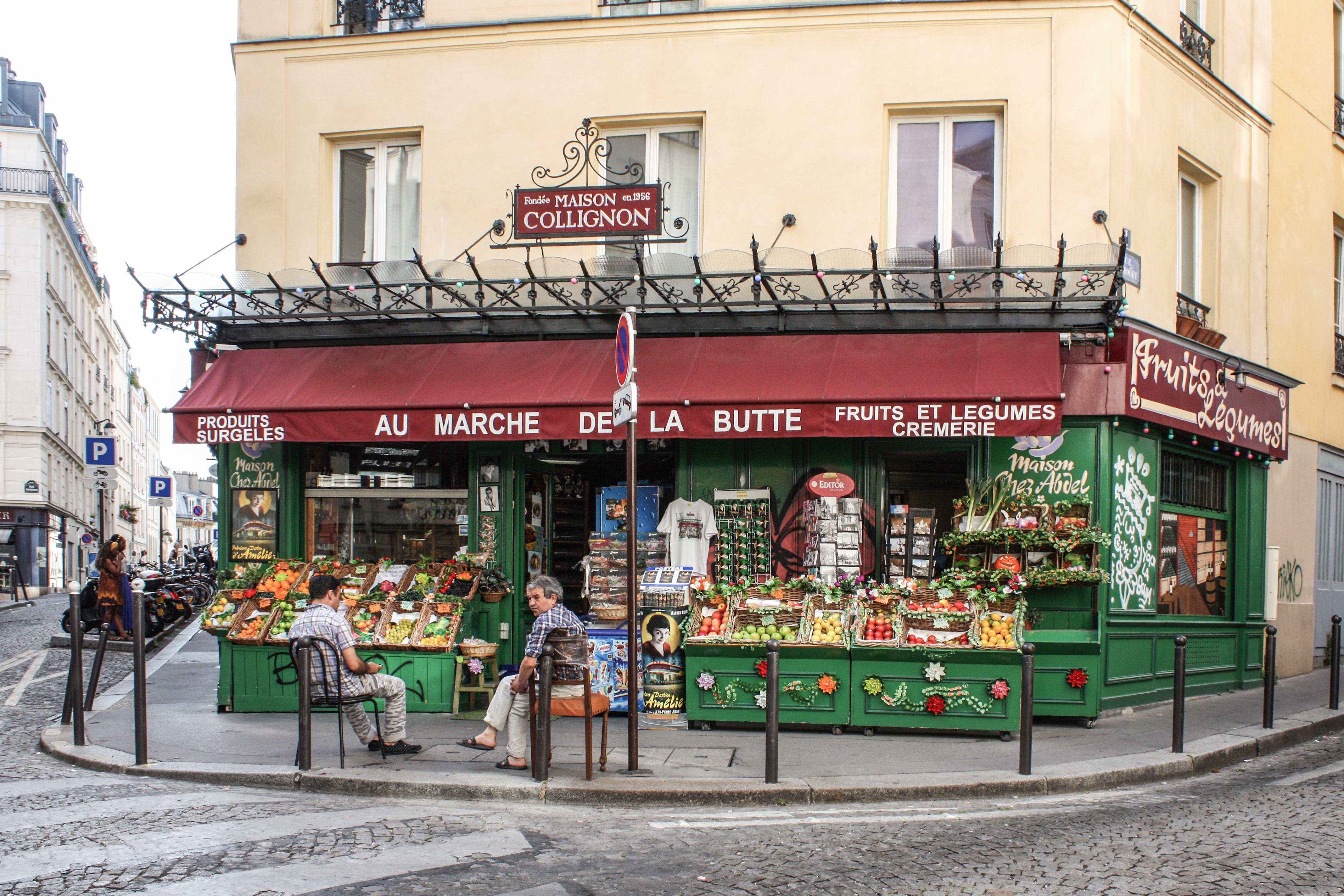 Hotel De La Butte file:au marché de la butte, paris 15 august 2013
