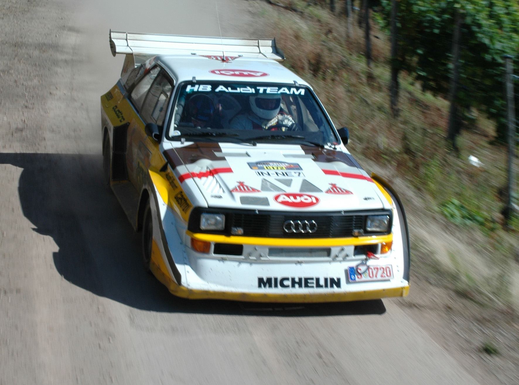 http://upload.wikimedia.org/wikipedia/commons/3/37/Audi_Quattro_-_2007_Rallye_Deutschland_%28cropped%29.jpg