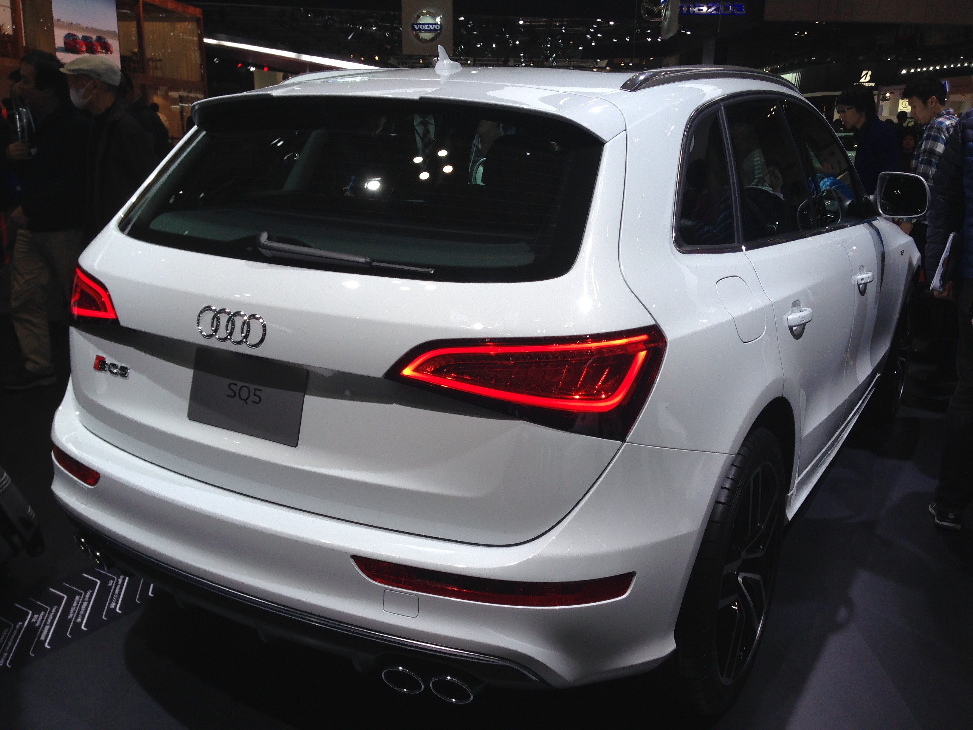 file audi sq5 3 0 tfsi rear tokyo motor show wikimedia commons. Black Bedroom Furniture Sets. Home Design Ideas