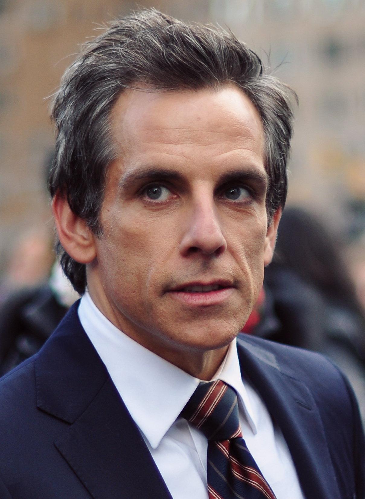 The 51-year old son of father Jerry Stiller and mother Anne Meara, 168 cm tall Ben Stiller in 2017 photo