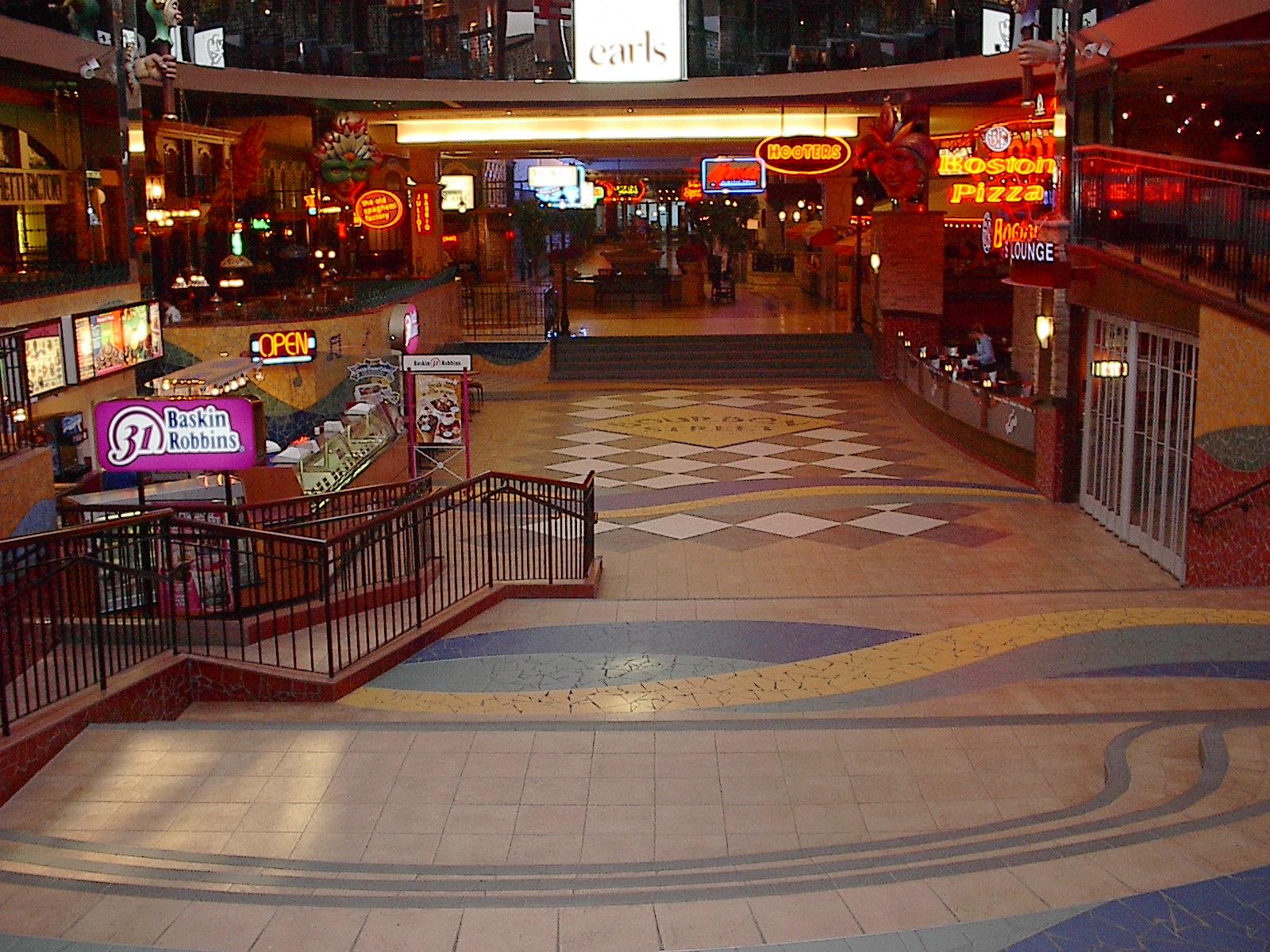 Food Court West Edmonton Mall