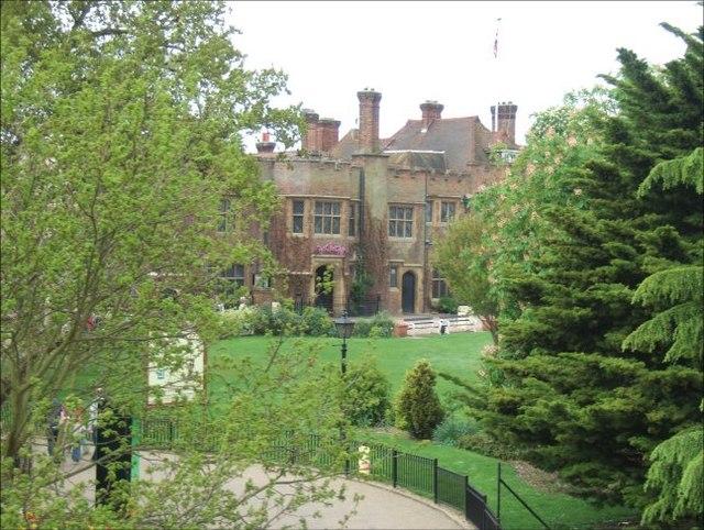 Chessington Wikipedia