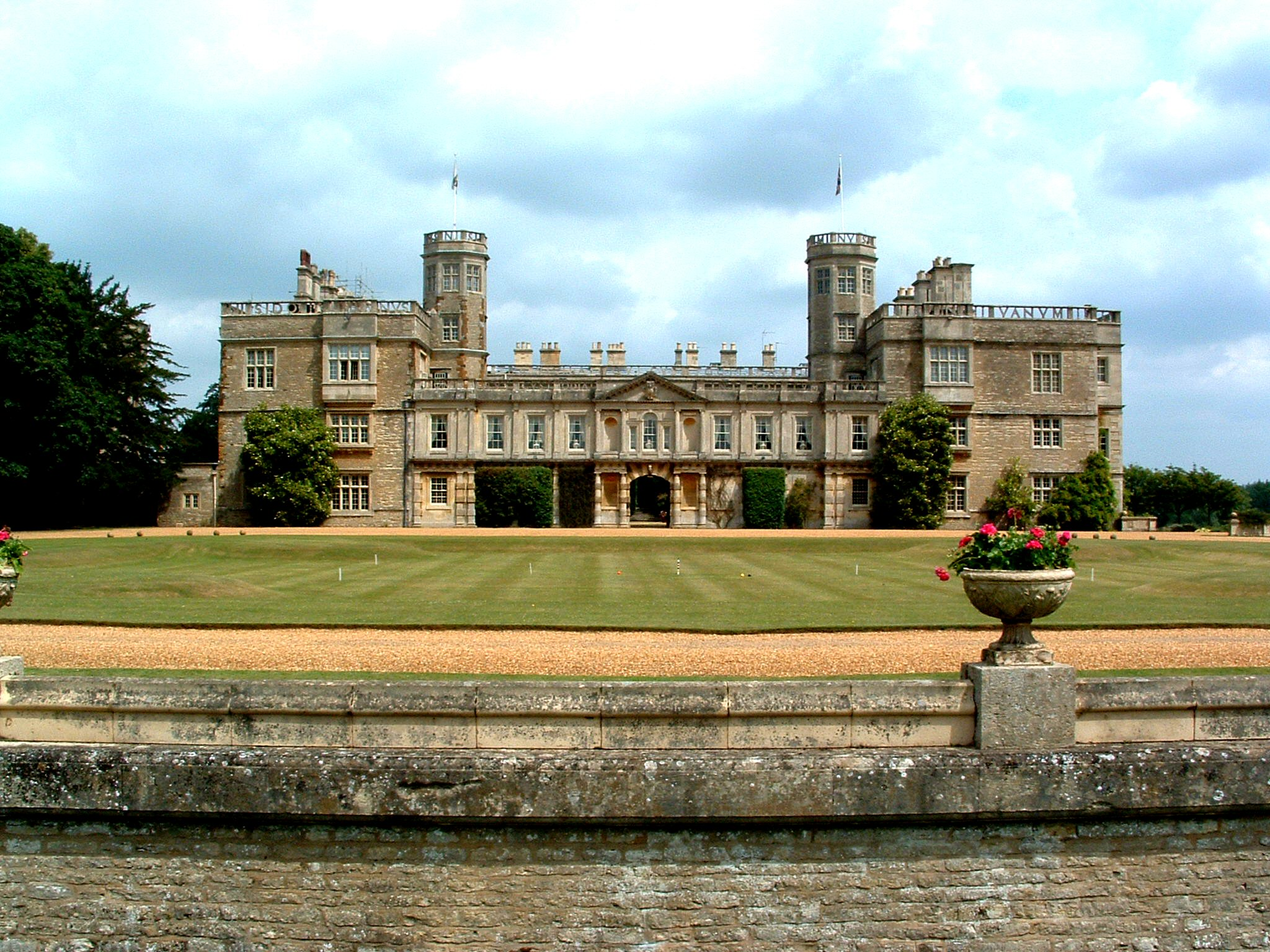 Castle Ashby Wikiwand