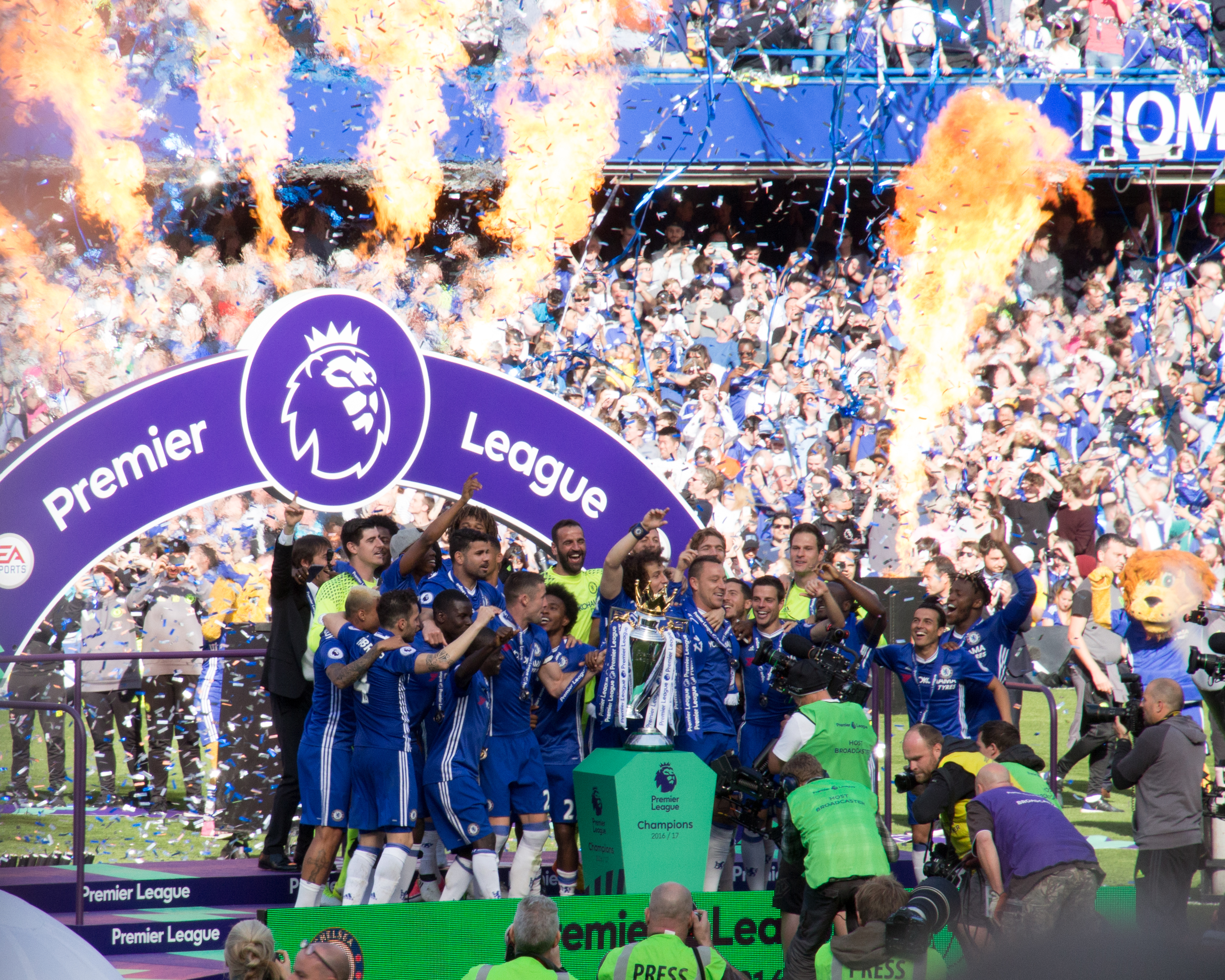Chelsea crowned English football champions for the sixth time 731efd120