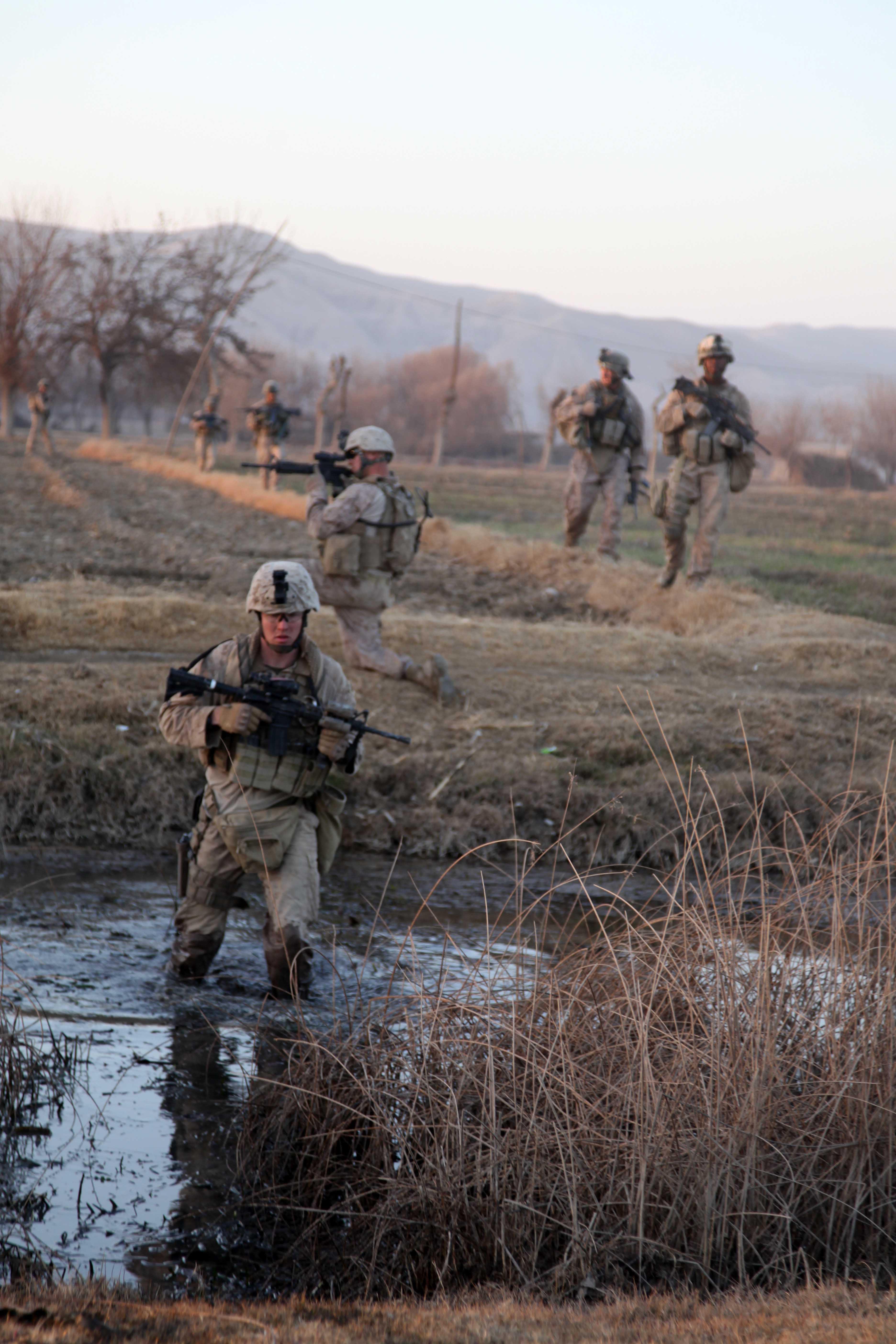 File Defense Gov News Photo 110108 M 6340o 155 U S Marines With