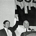 Dennis Kucinich and Howard Dean at 2004 Progressive Democrats of America Convention (2221518509).jpg