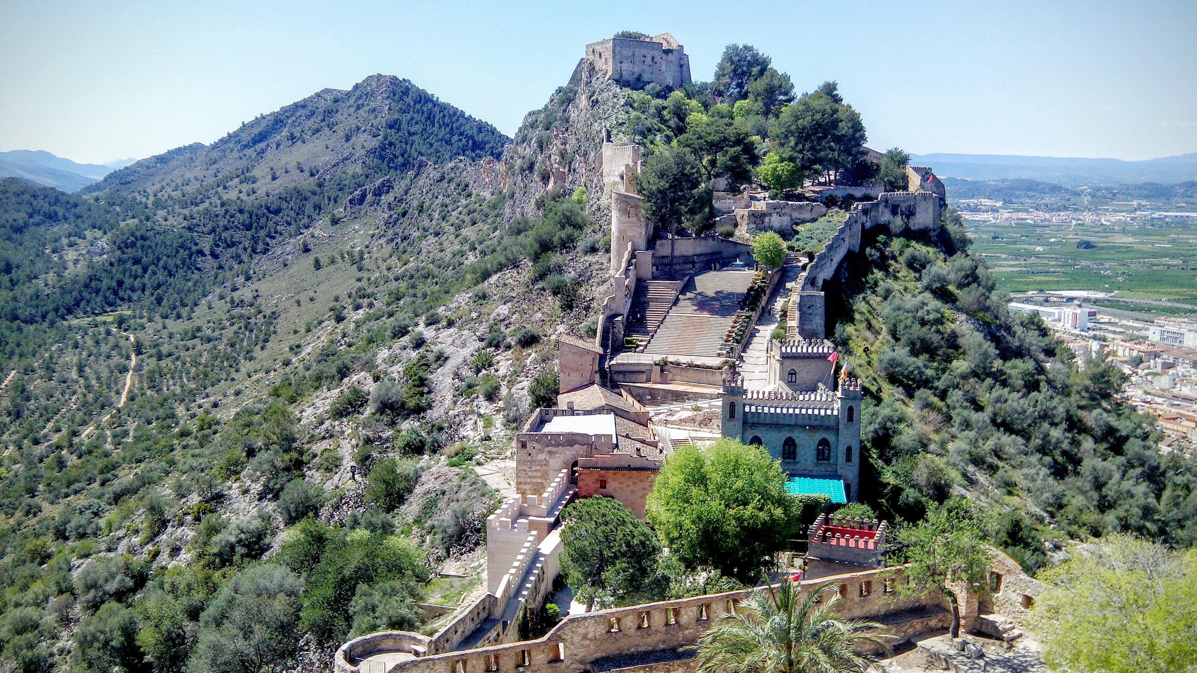 File:El Castillo de Játiva.jpg - Wikimedia Commons