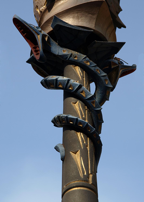 Farolas de la plaza real barcelona wikipedia la - Delineante barcelona ...